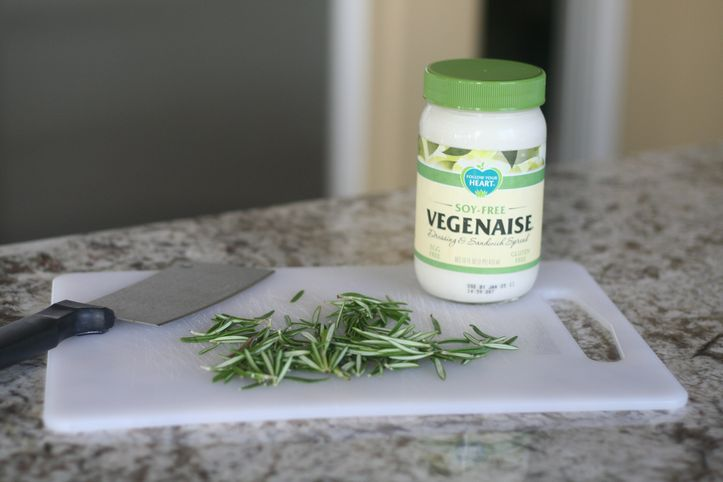 STOP eating boring sandwiches: Rosemary Mayonnaise {Tasty Tuesday}