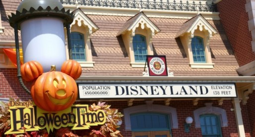 Halloween Time at Disneyland! Bring on the Pumpkins…