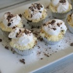 Peanut Butter and Chocolate Cheesecake Bites & Sparkling Grape Creamsicle Mocktail! Easy Dessert Recipes! #KraftEssentials