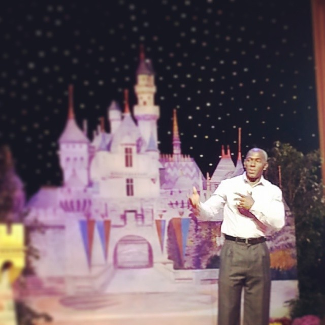 Listening to the inspiring @Donald_driver80 #DisneySMMoms