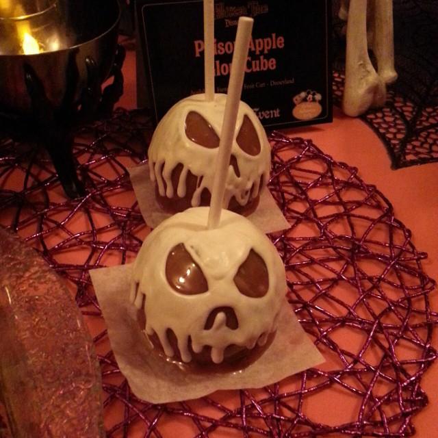 Spooky treats for #HalloweenTime @Disneyland #Disneyland