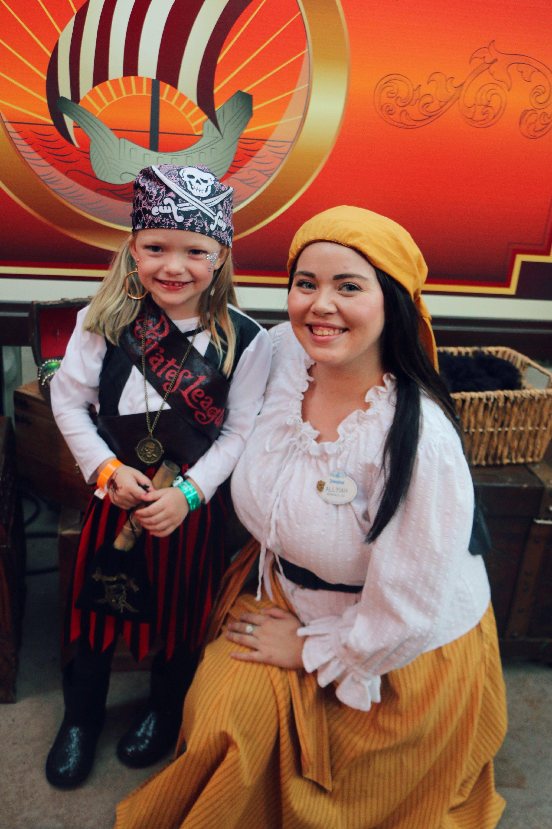 pirate dress up disneyland