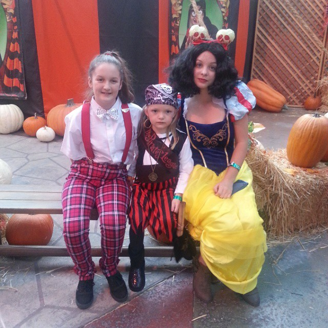 Posing all in character. #Disneyland #HalloweenTime