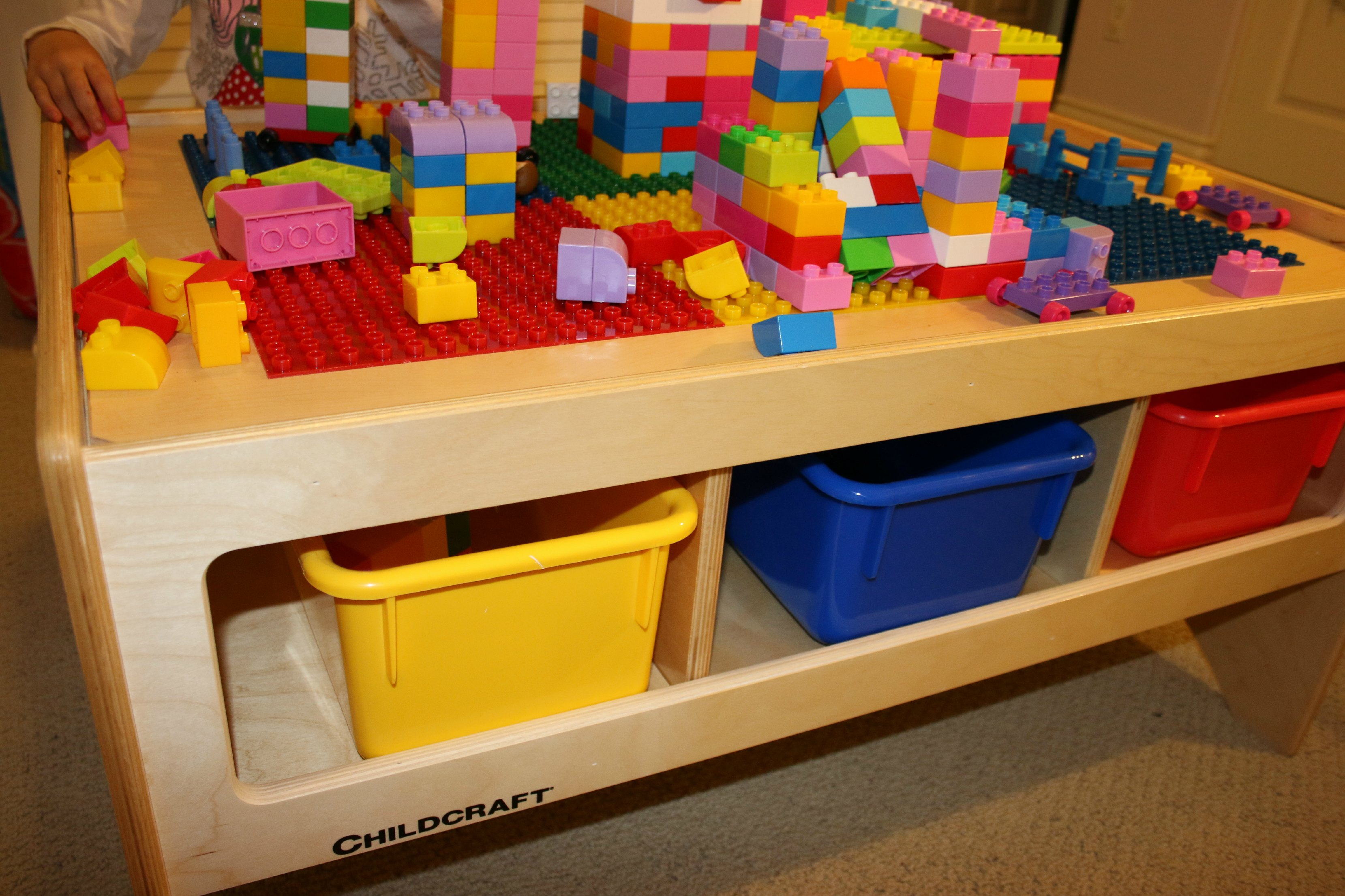 childcraft boxes in table