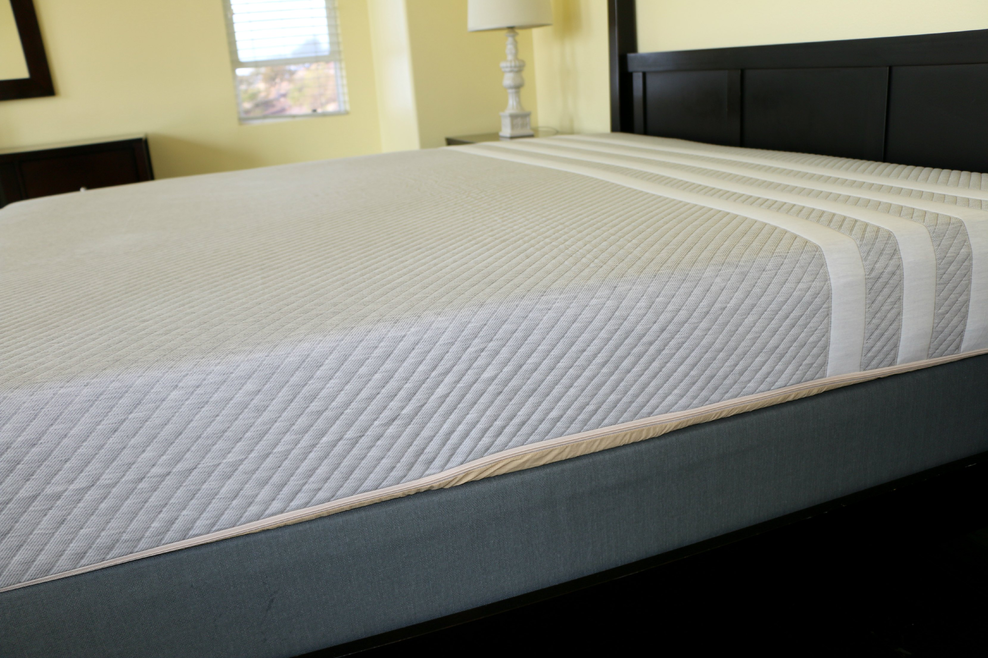 mattress leesa review