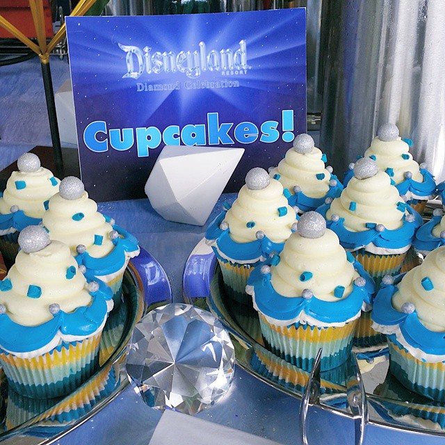Can't wait to have these cupcakes for the Disneyland 60th Anniversary Diamond  Celebration!  #Disneyland60 #Disneyland #Disney ♡♡♡♡♡ #dessert #food #desserts #yum #yummy #amazing #instagood #instafood #sweet #chocolate #cake #icecream #delish #foods #delicious #tasty #eat #eating #hungry #foodpics #sweettooth