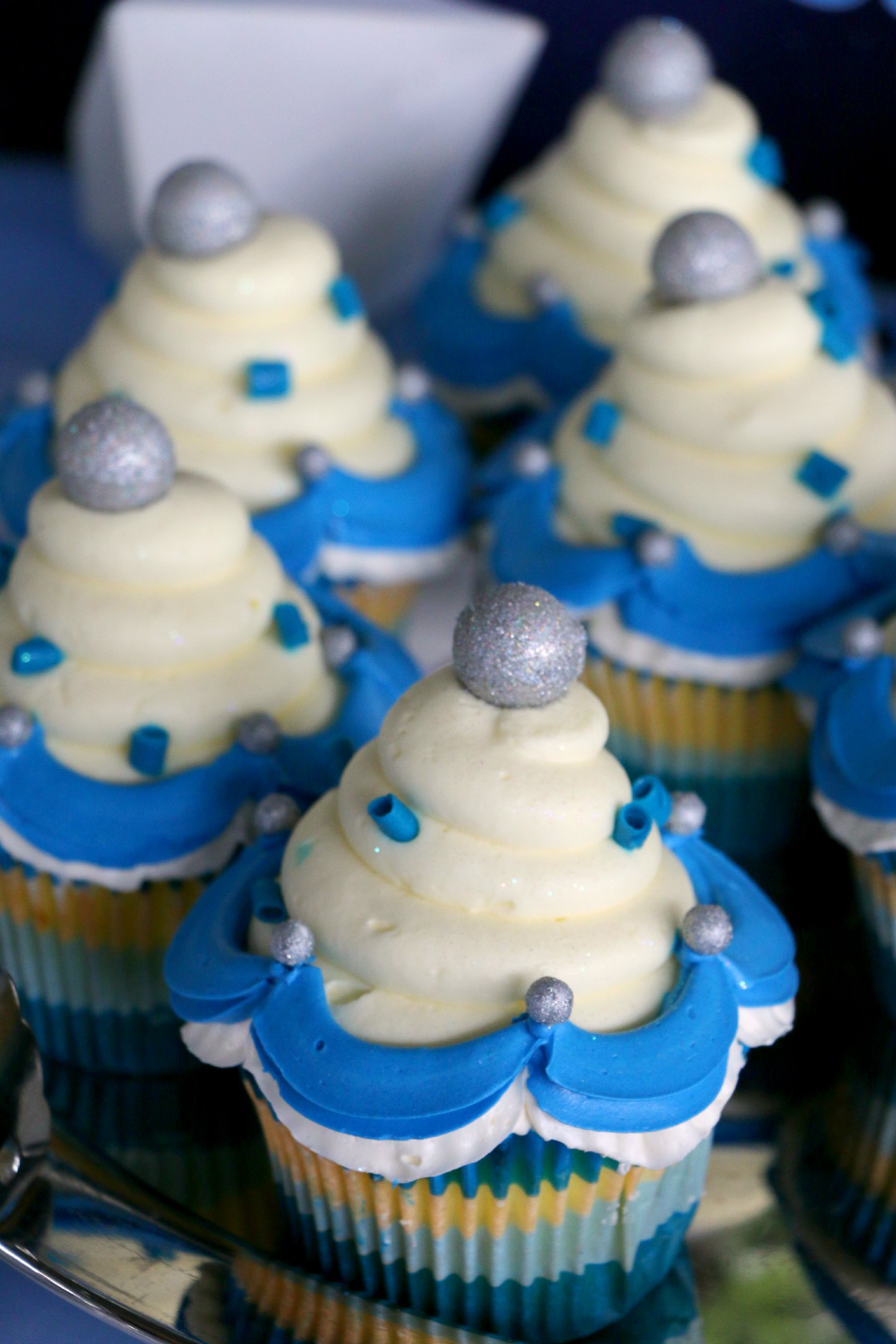 disneyland cupcakes