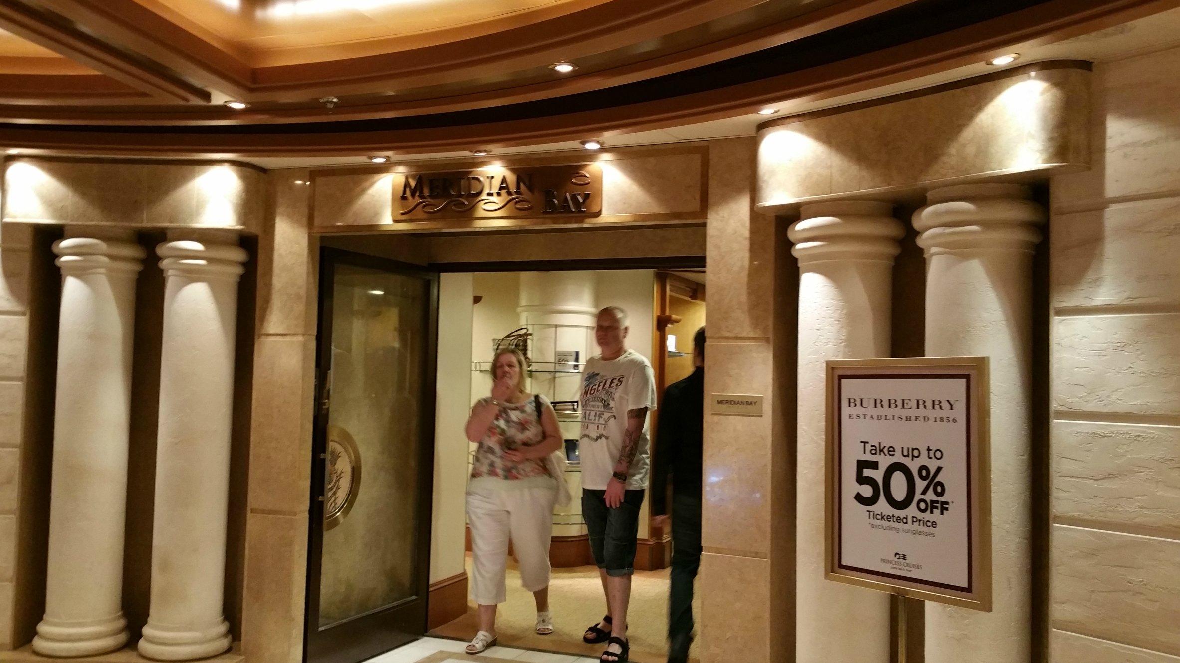 shopping on cruises