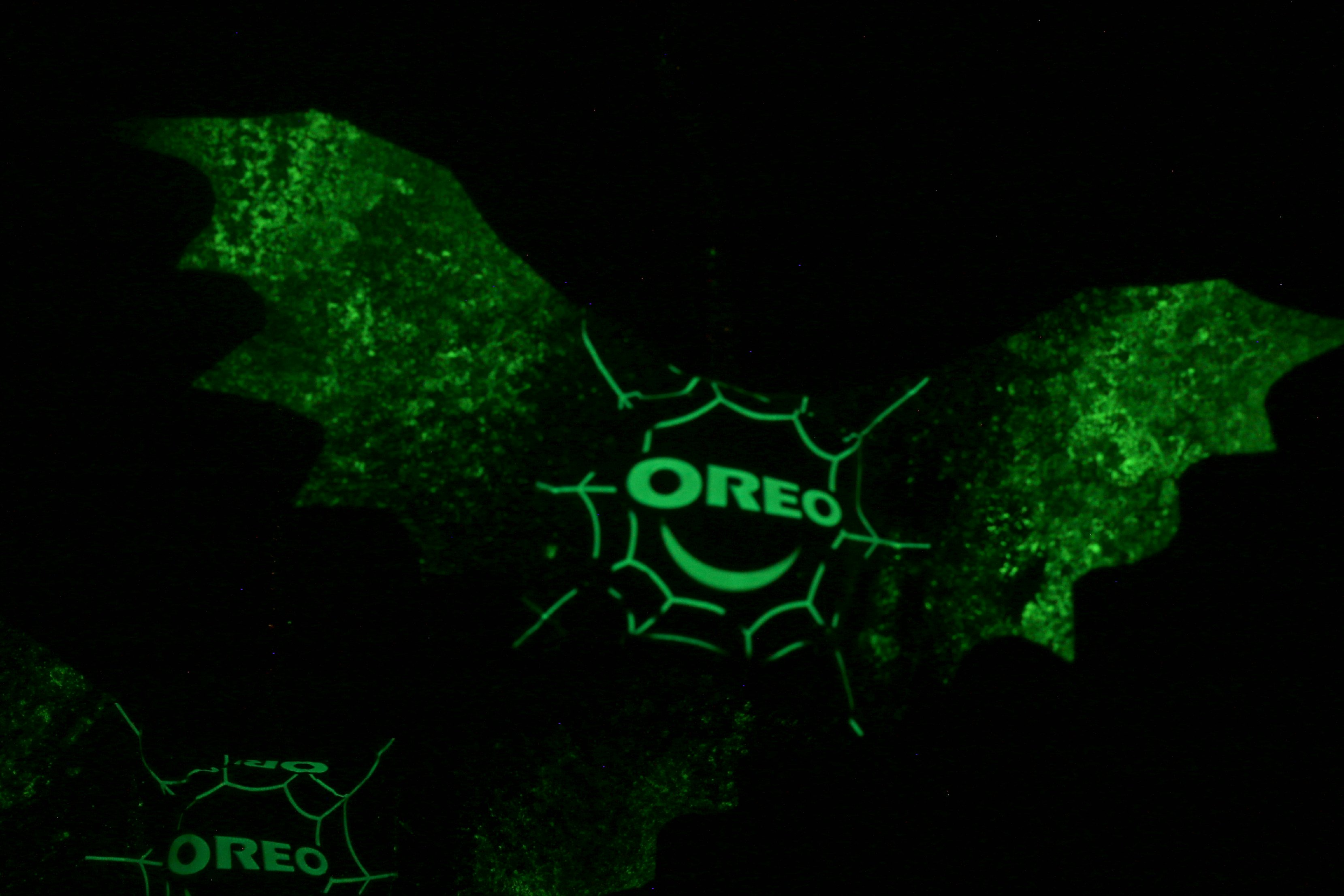 oreo glow in the dark bats