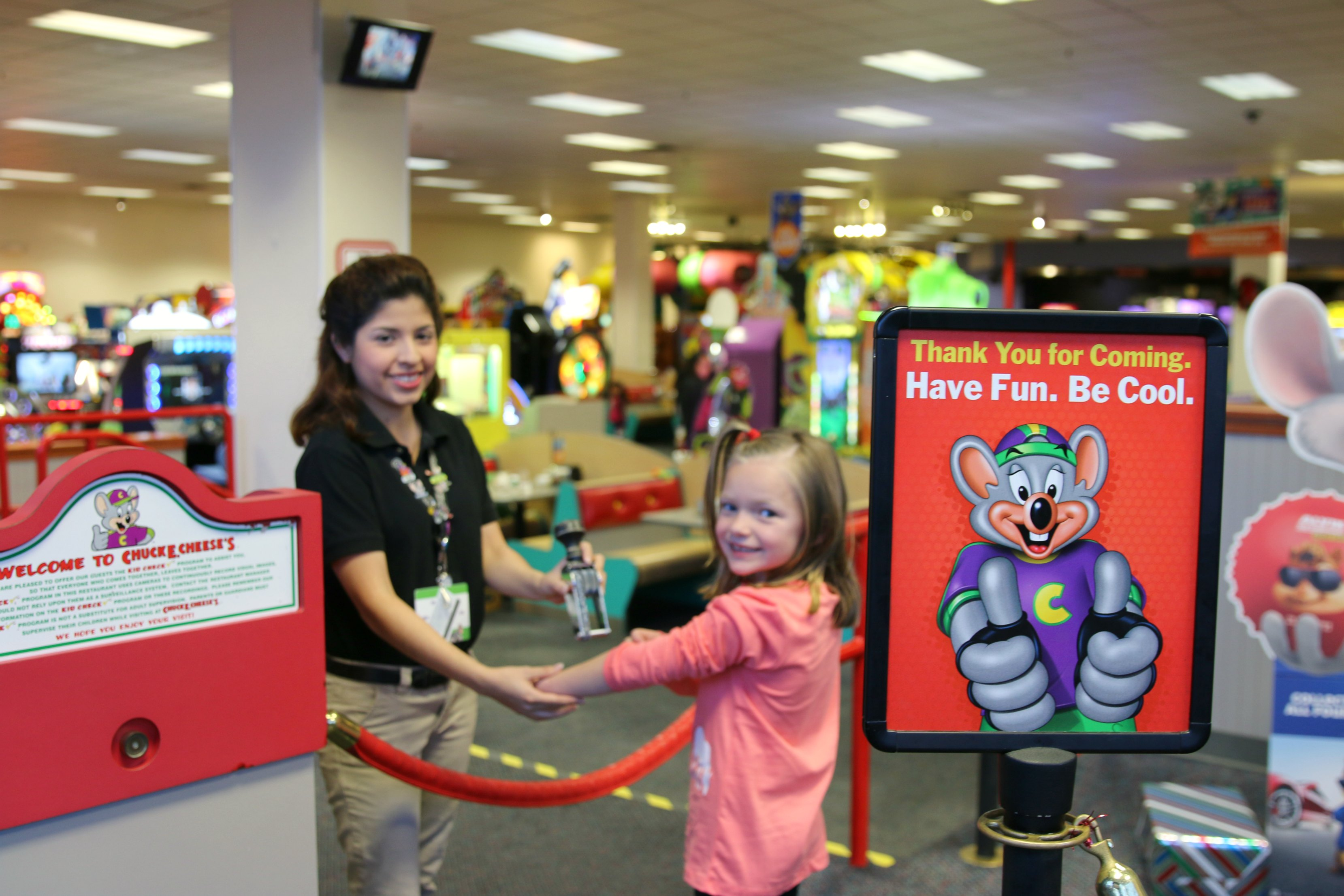 party at chuck e cheese