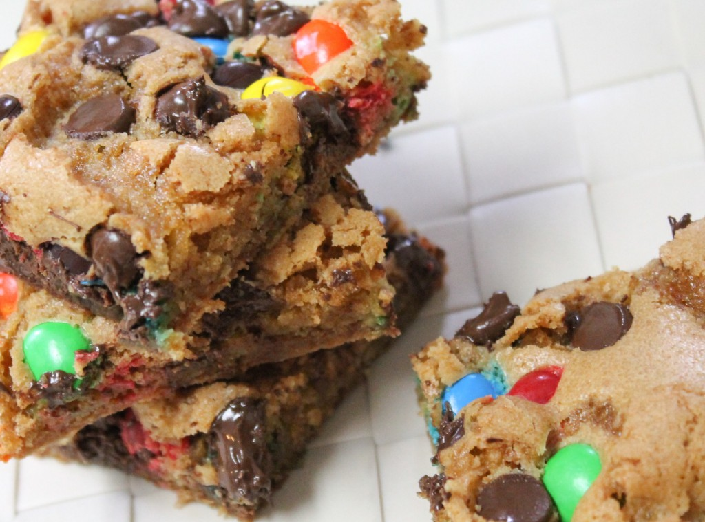 M&M Chocolate Chip Cookie Bars-2