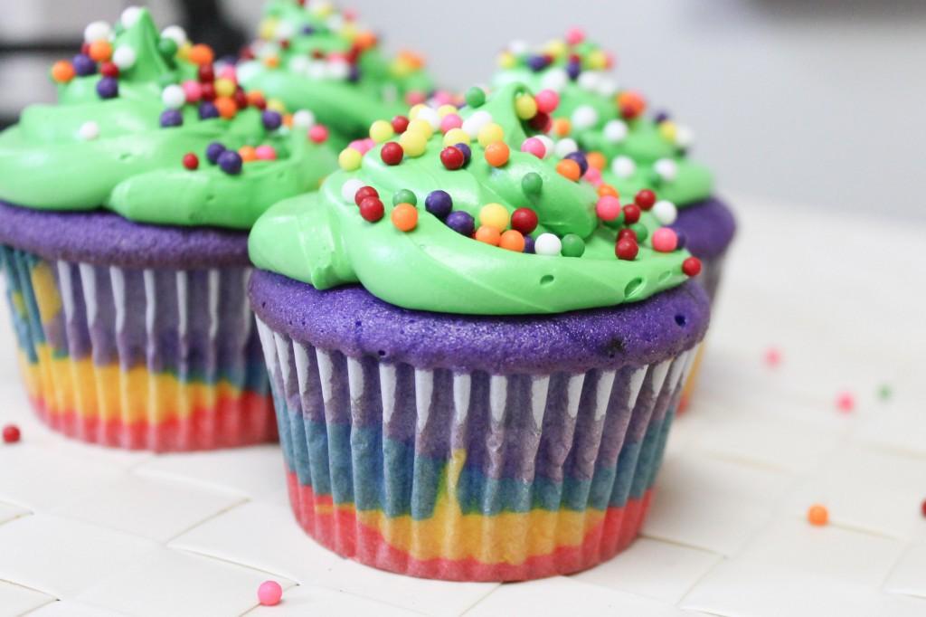 Rainbow Cupcakes-5