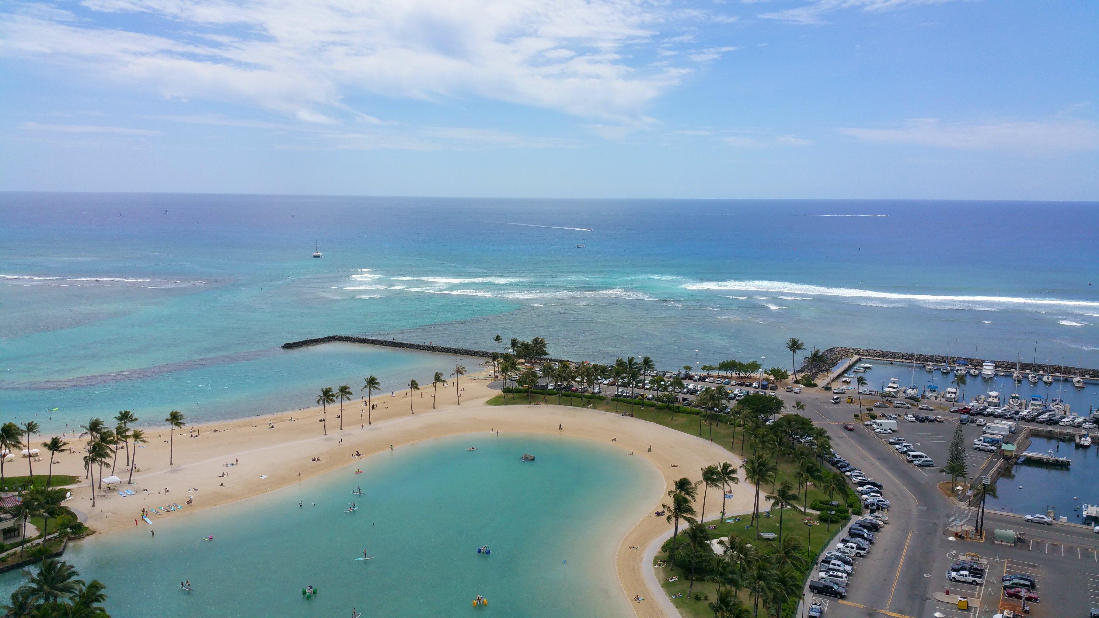 Ilikai Hotel & Luxury Suites ocean view pictures
