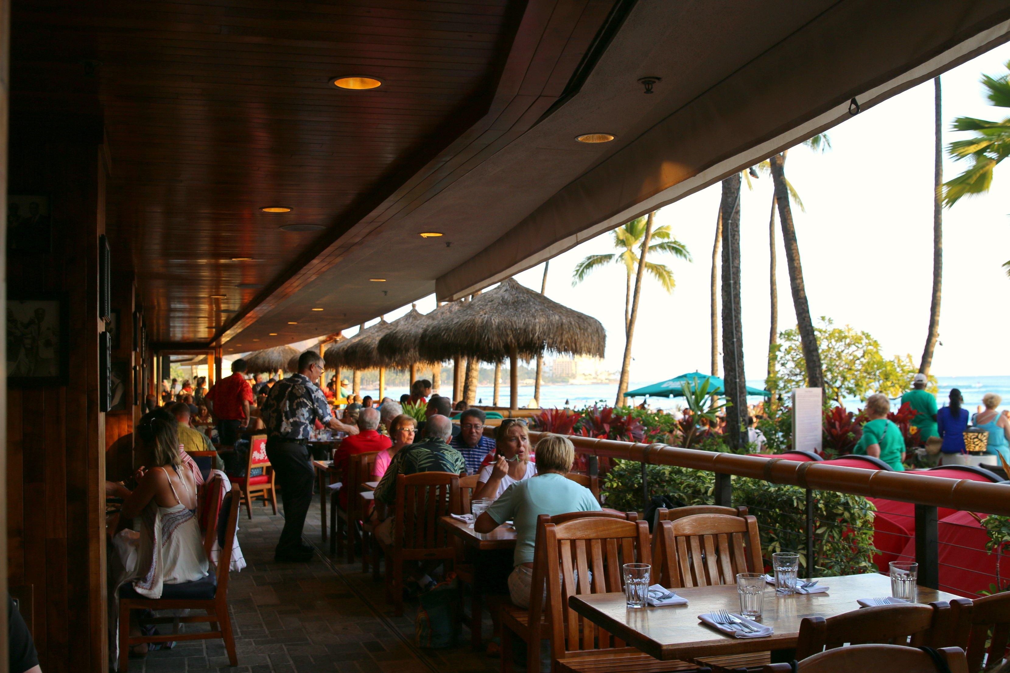 dukes Waikiki review