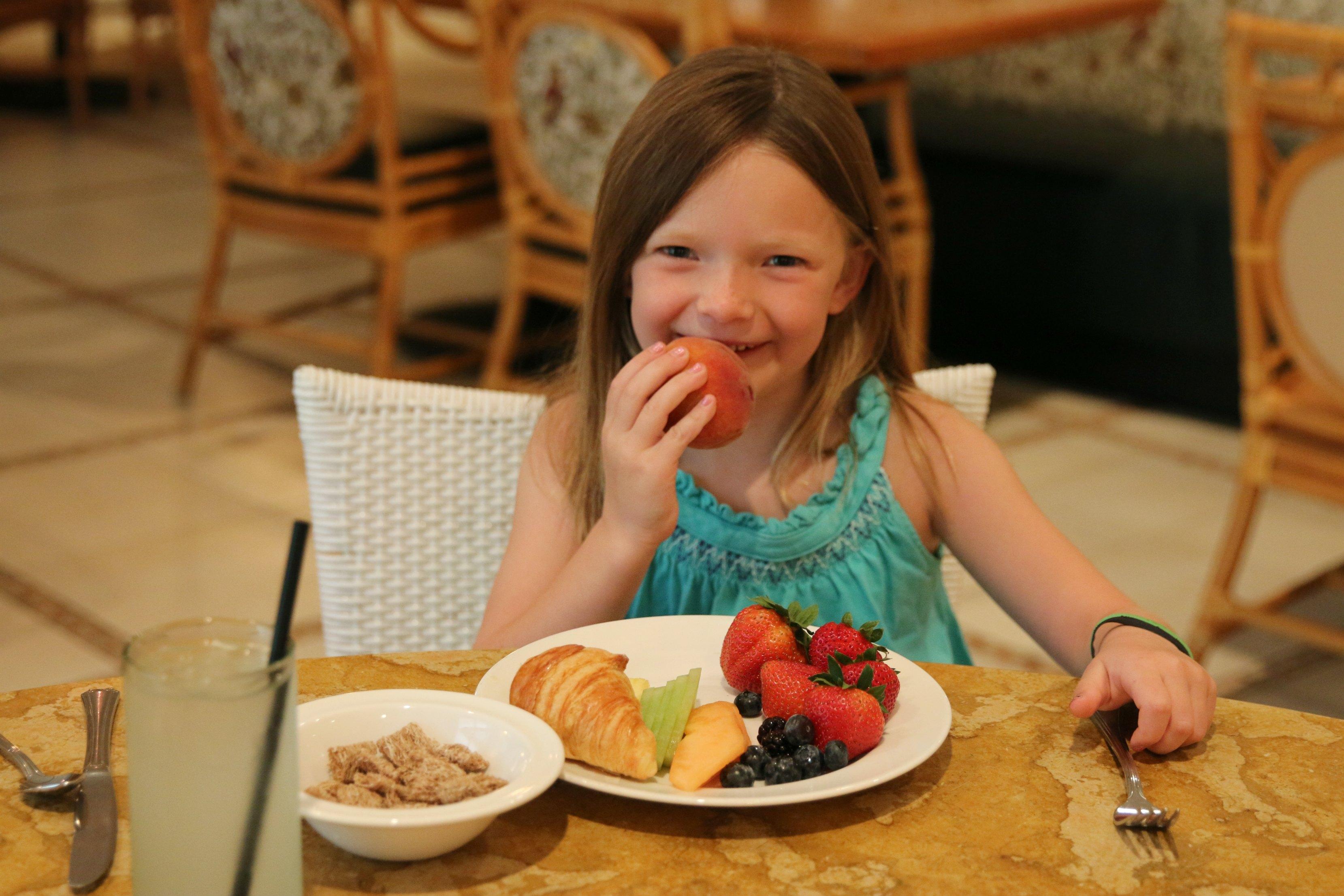 breakfast with children