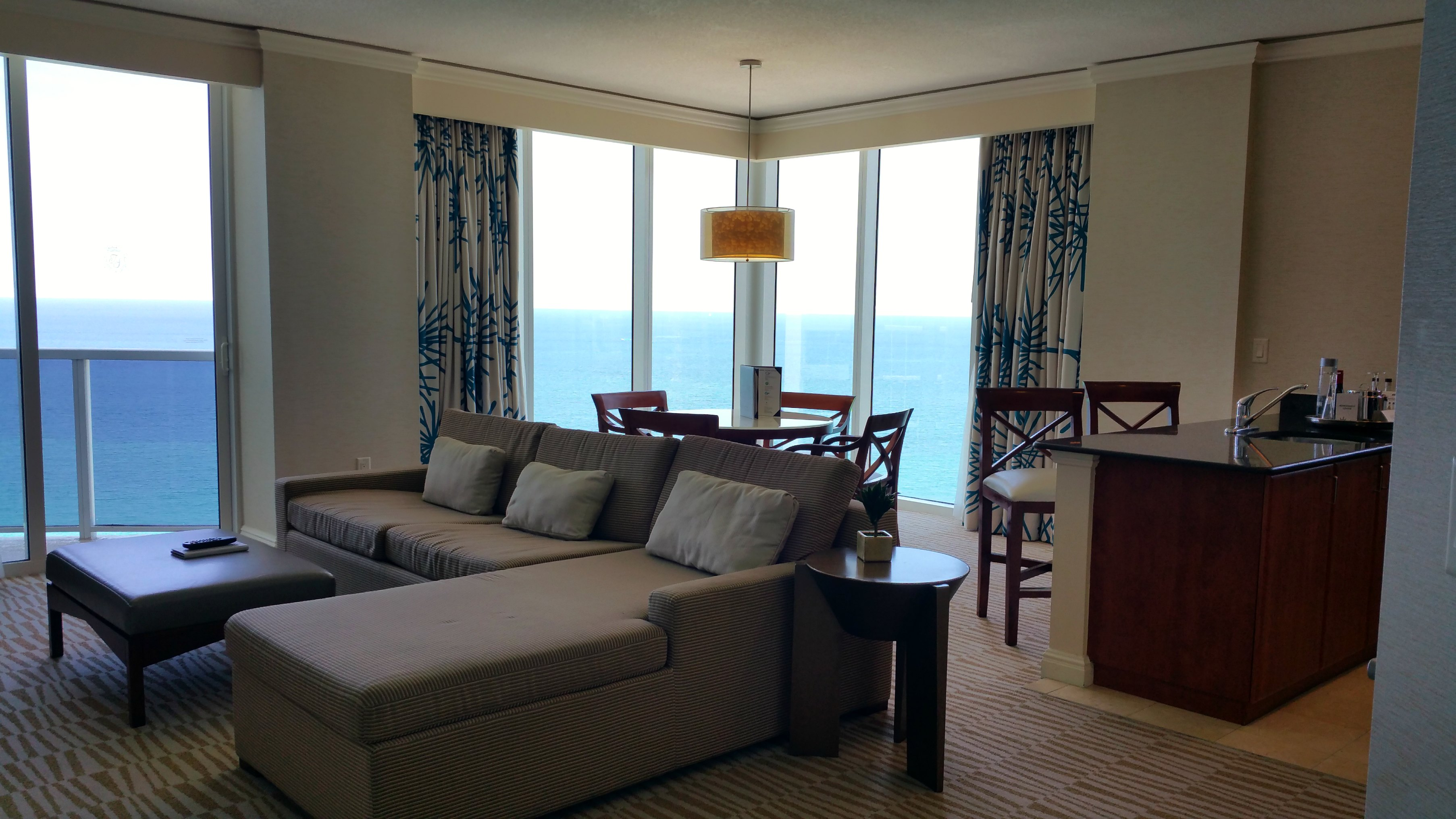 suite review trump miami
