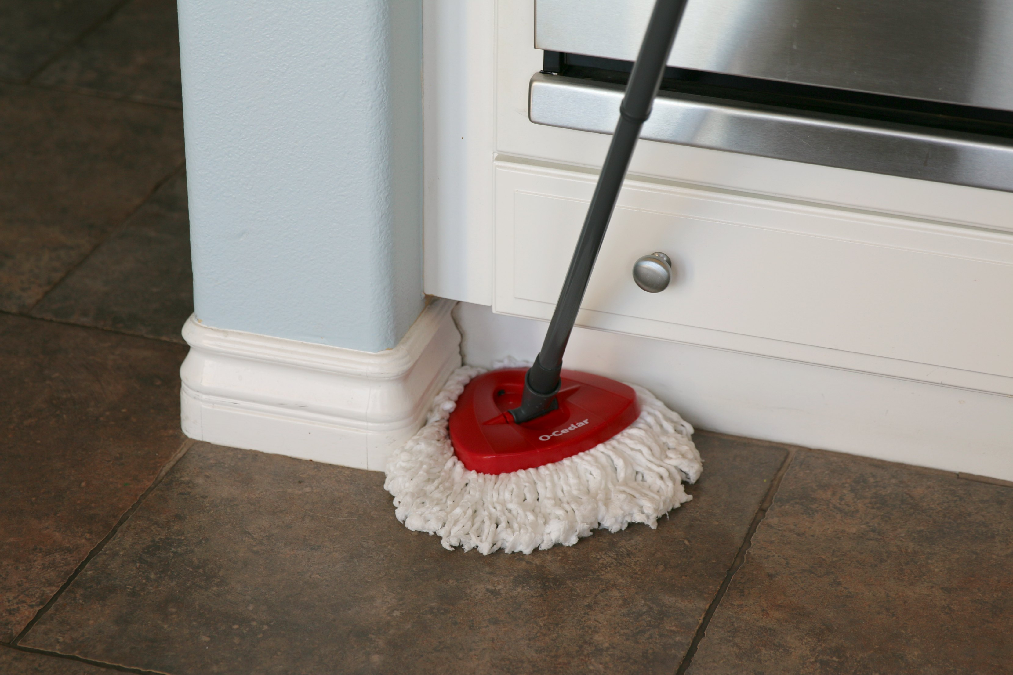 mop that cleans corners