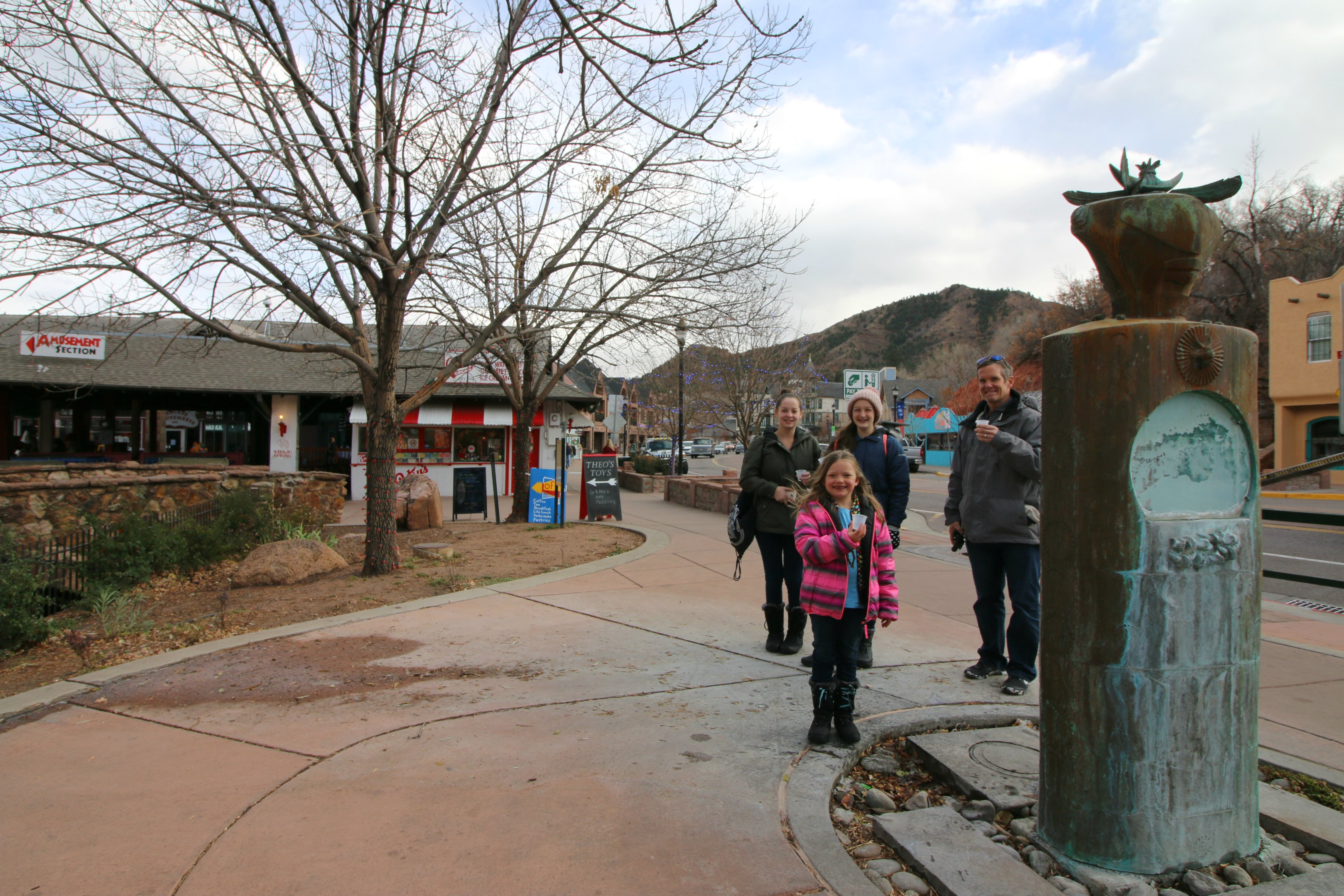 manitou-springs-with-kids