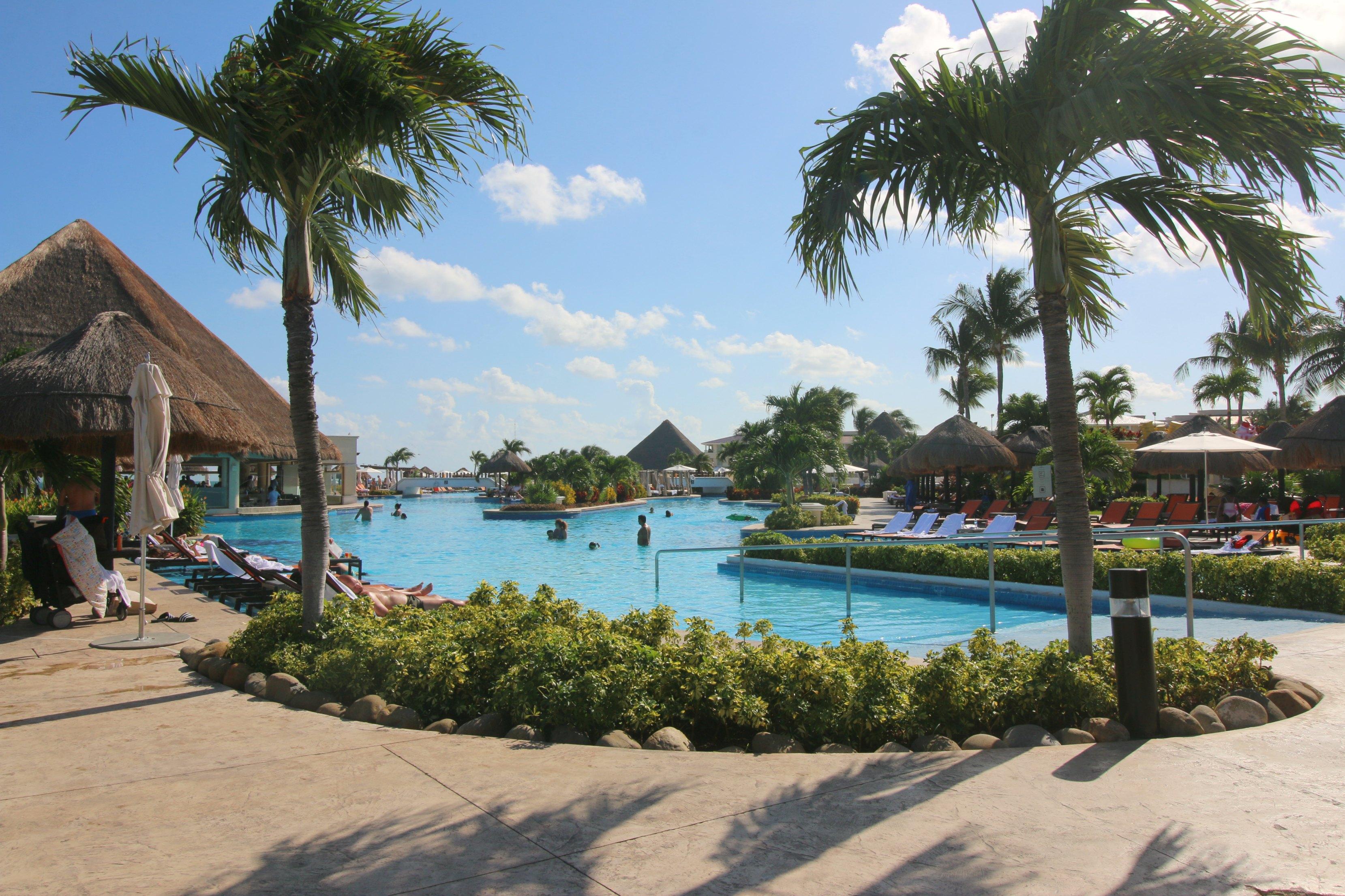 moon-palace-cancun-pools