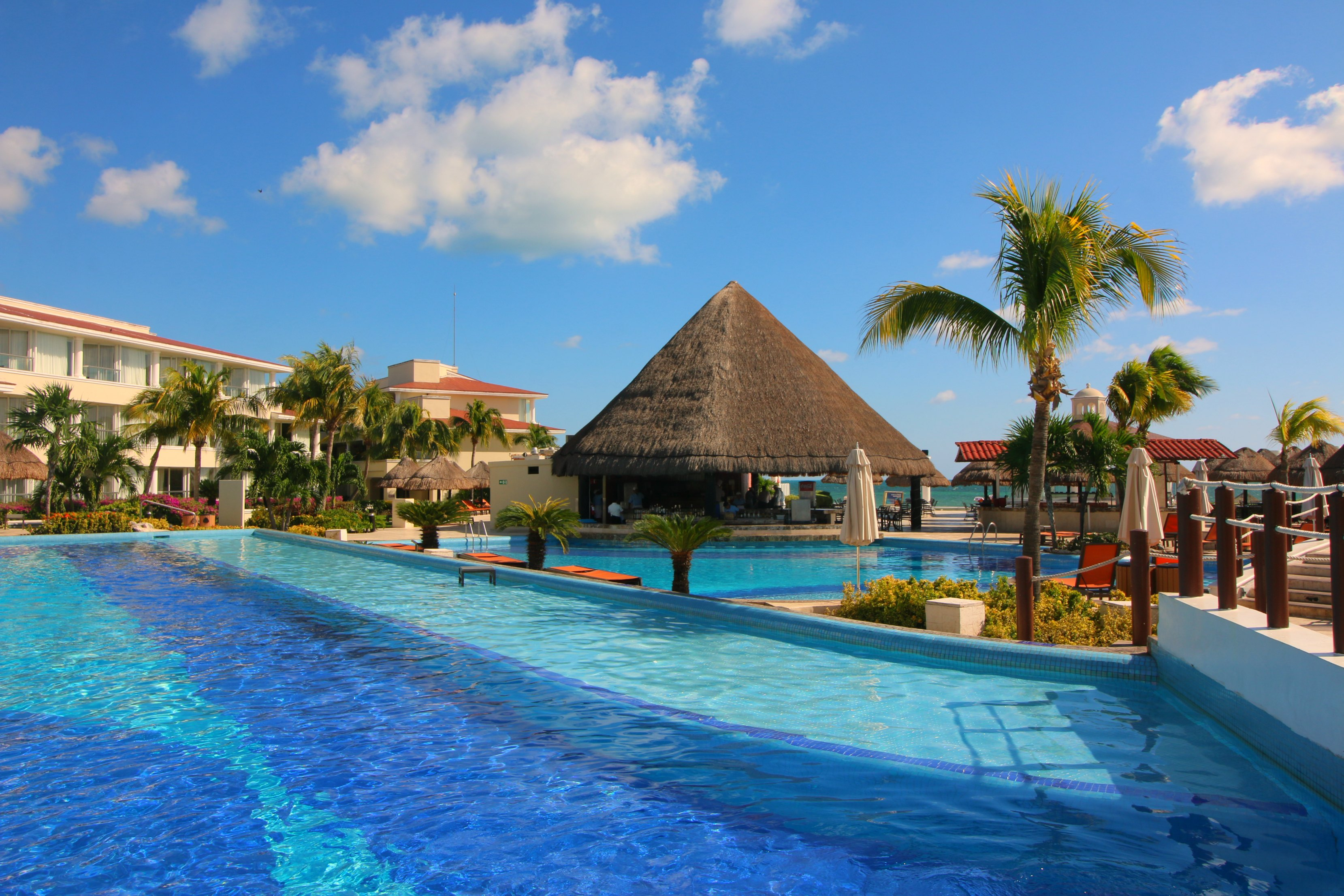 moon-palace-cancun-pools-for-adults