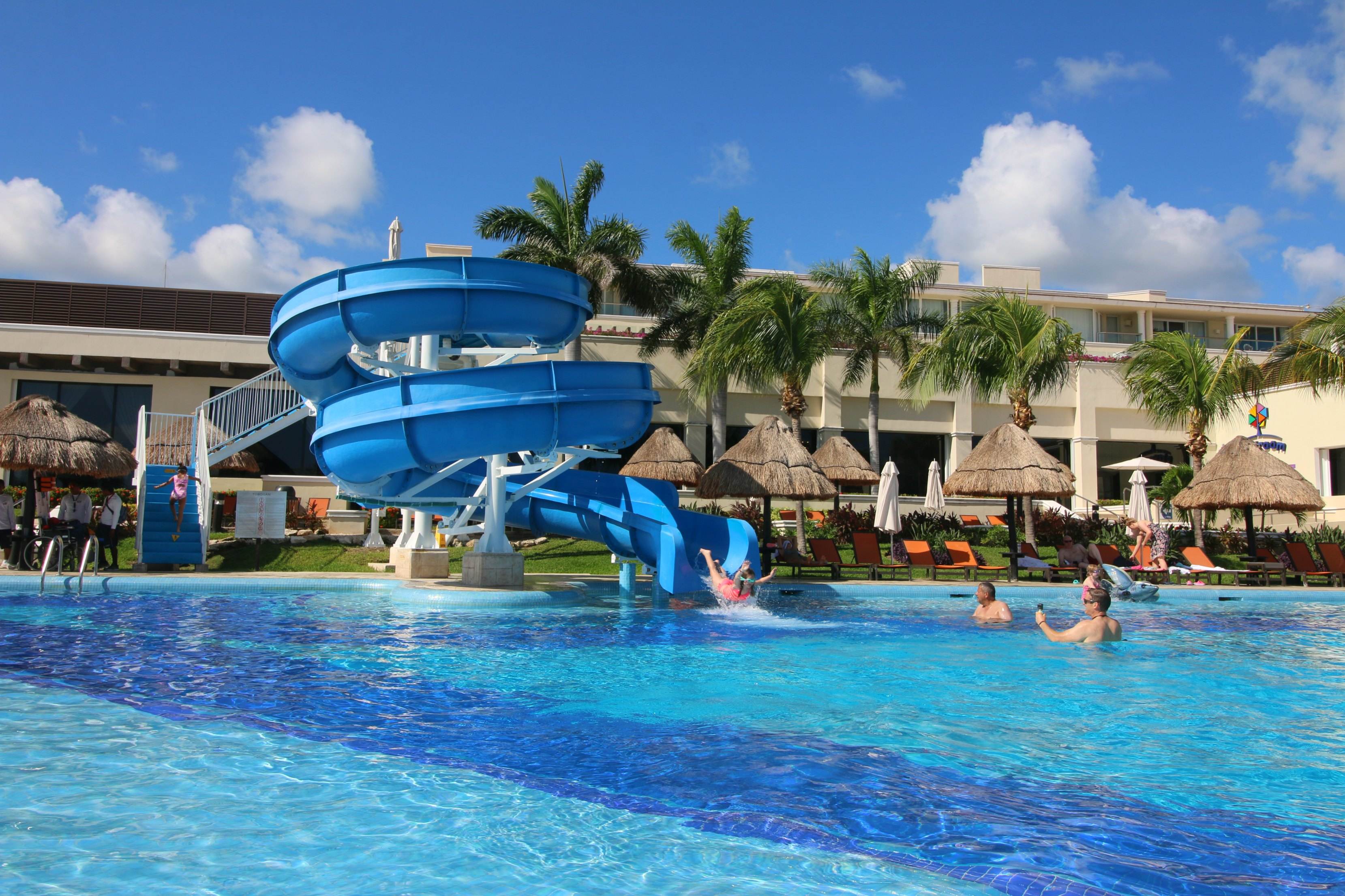 moon-palace-cancun-pools