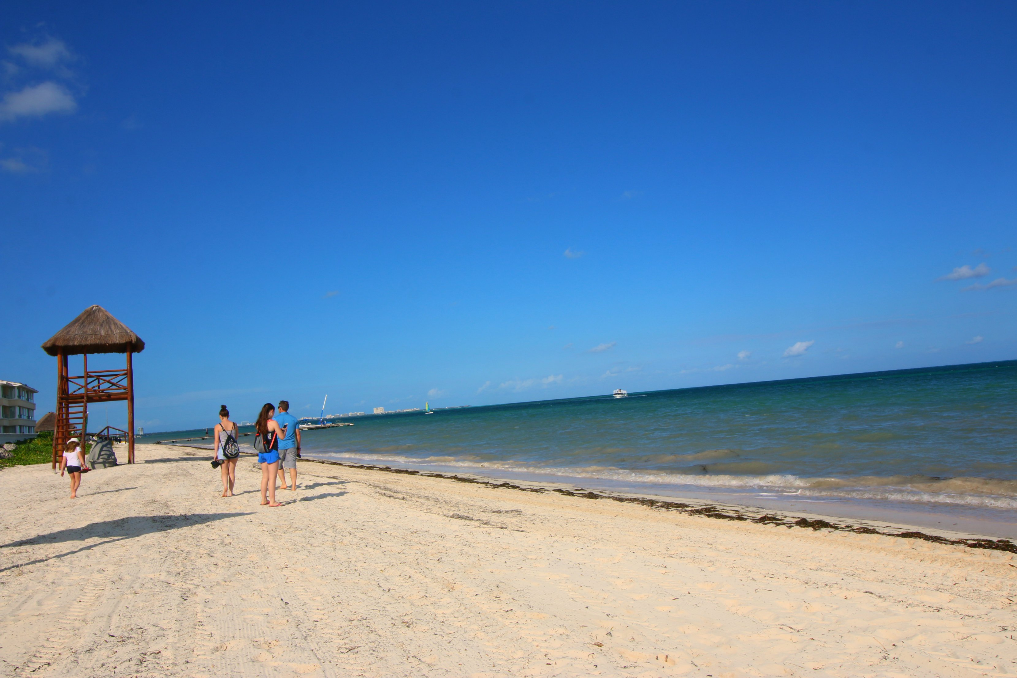 moon-palace-cancun-beach