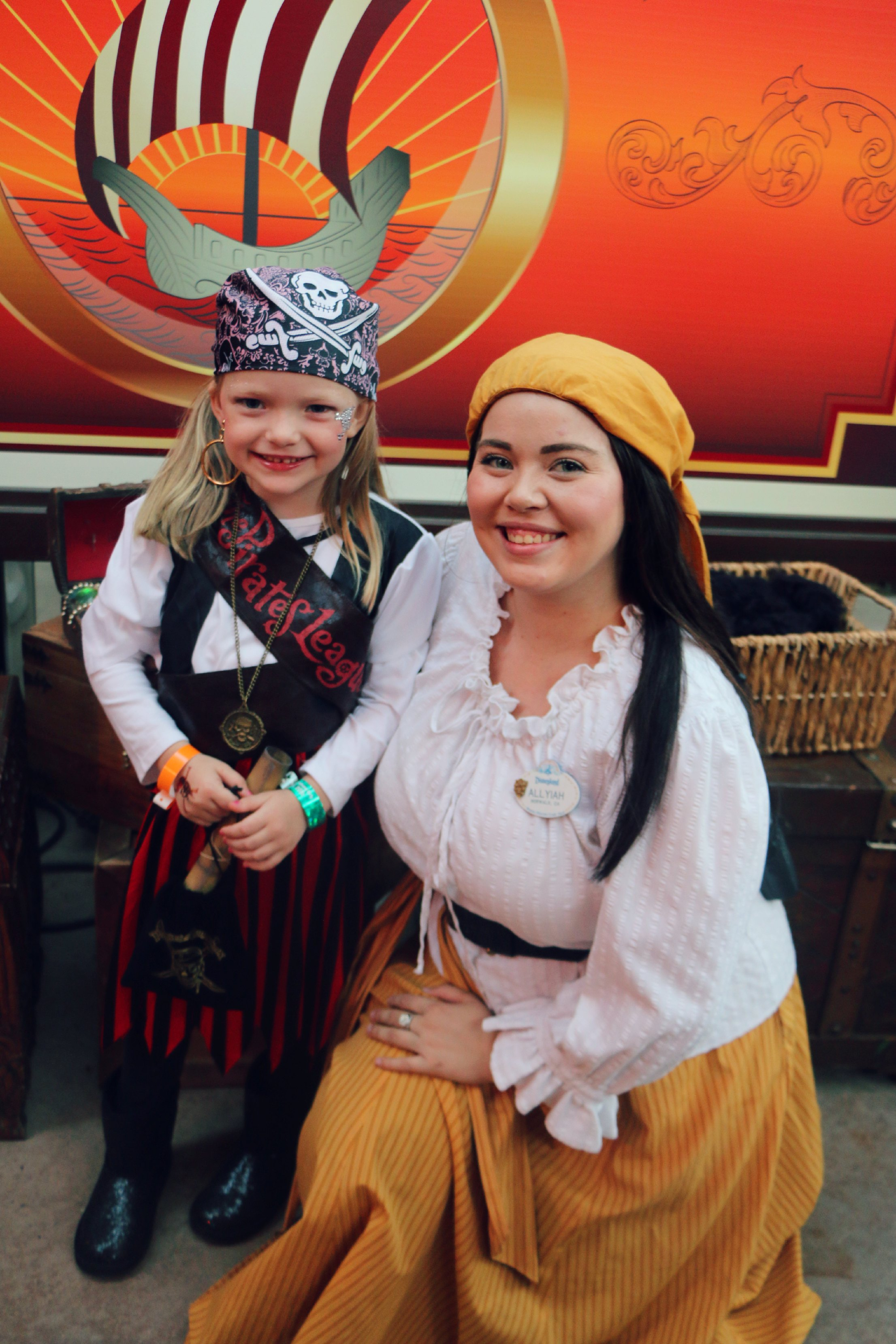 pirate dress up disneyland