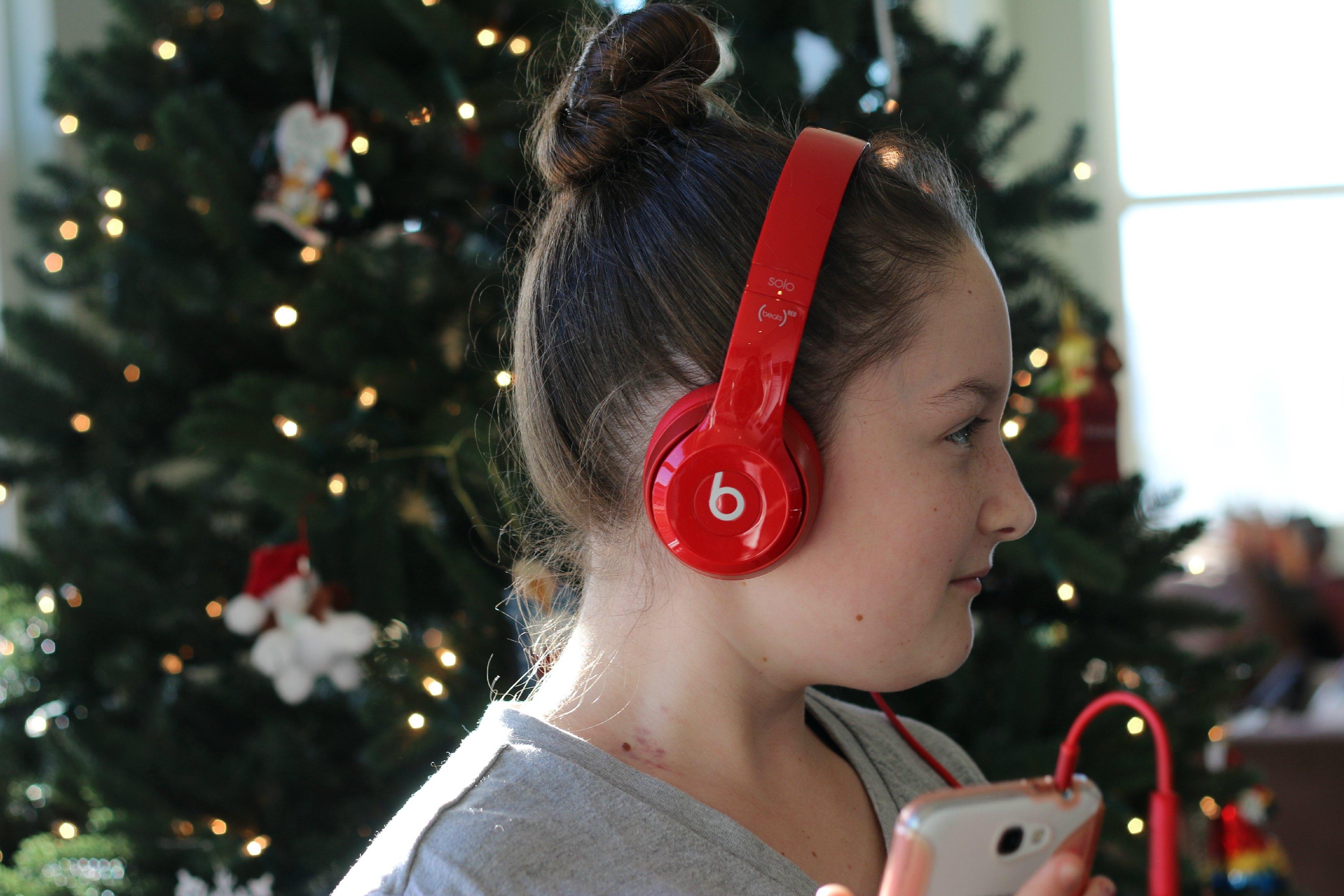 tween girl gift beats solo 2