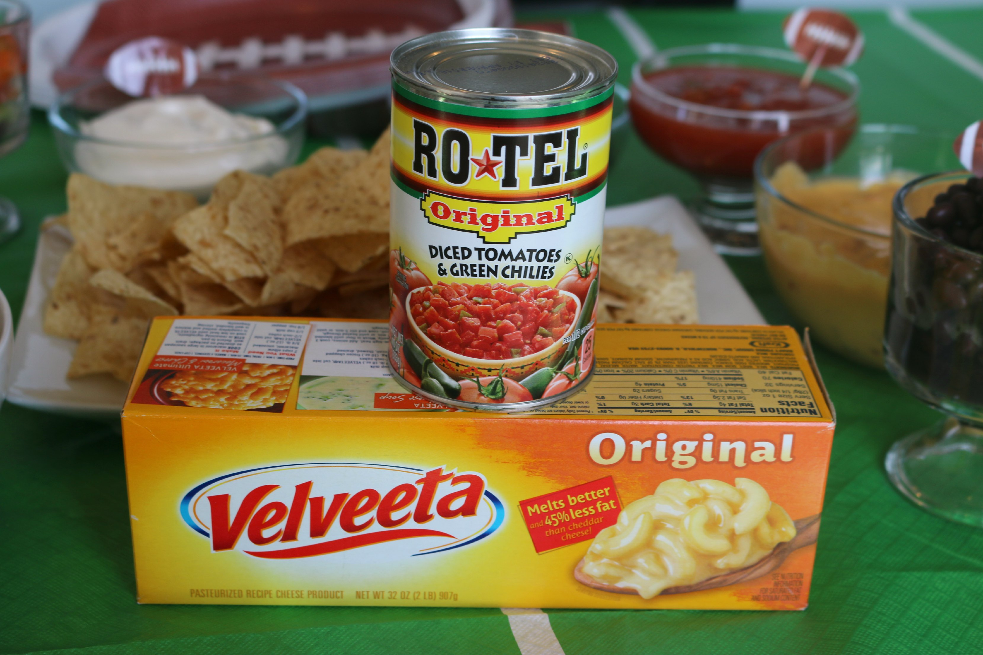 2 ingredient queso