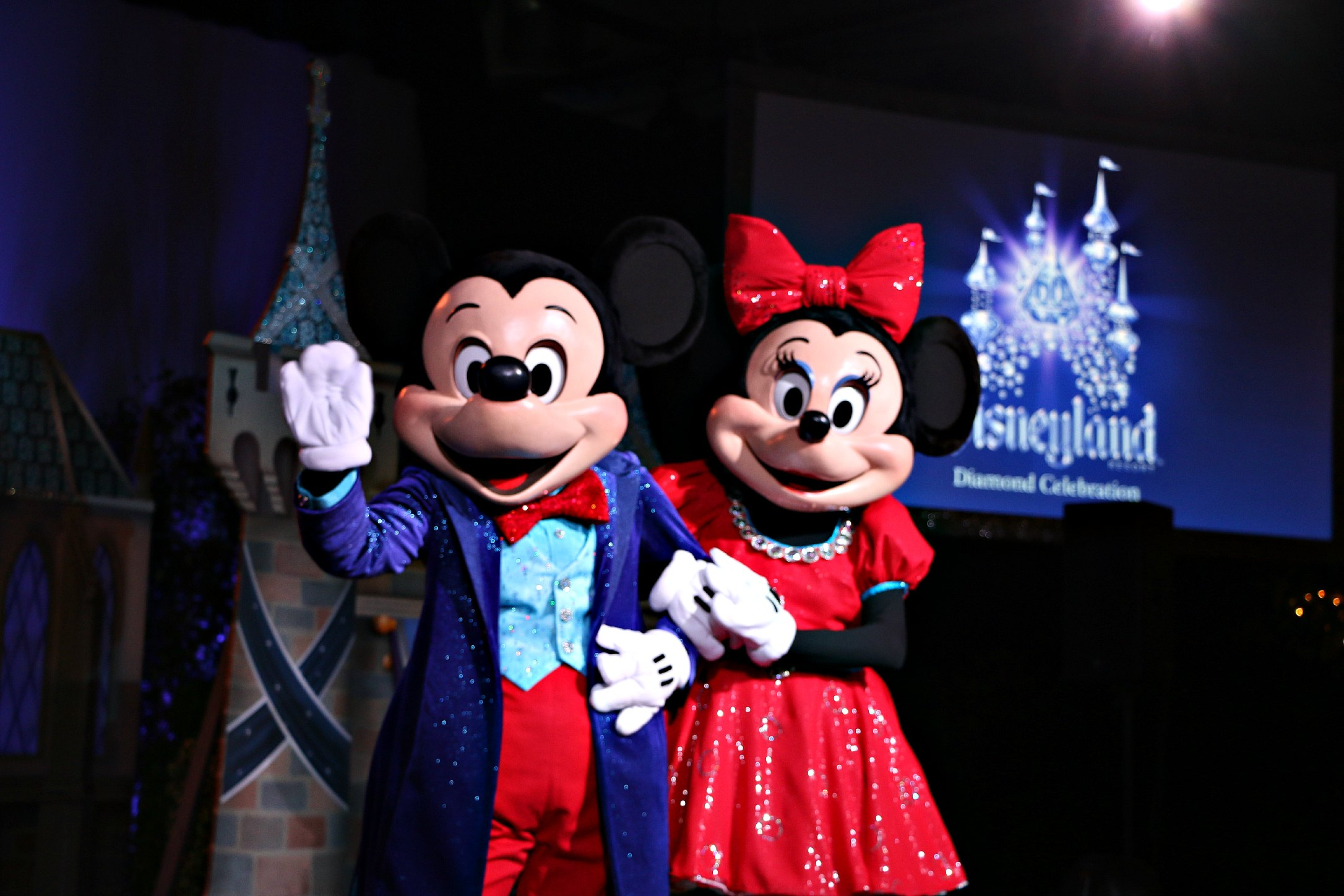 mickey minnie disneyland 60