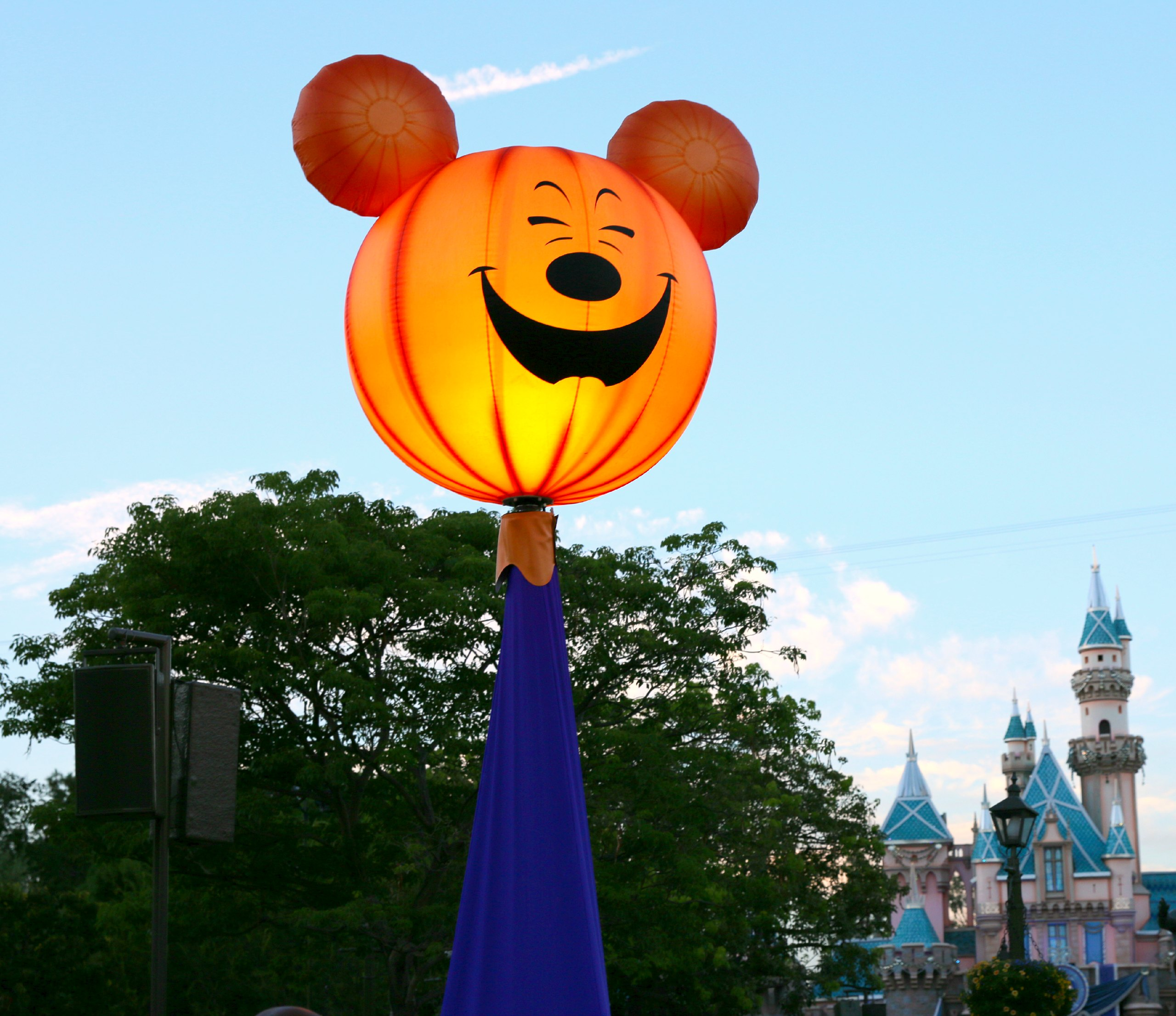 mickeys halloween party planner