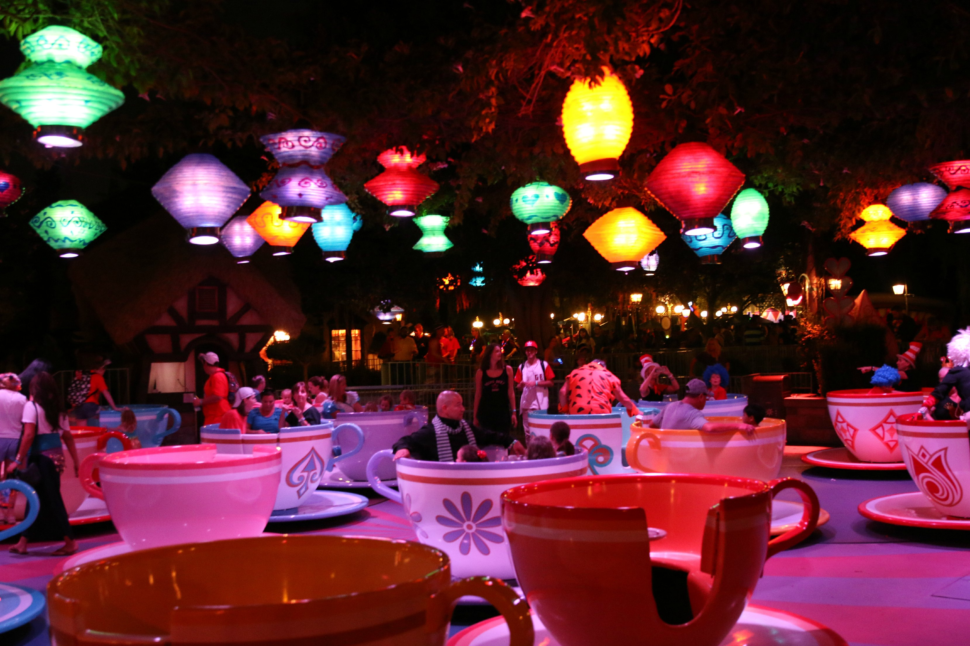 tea cups disneyland