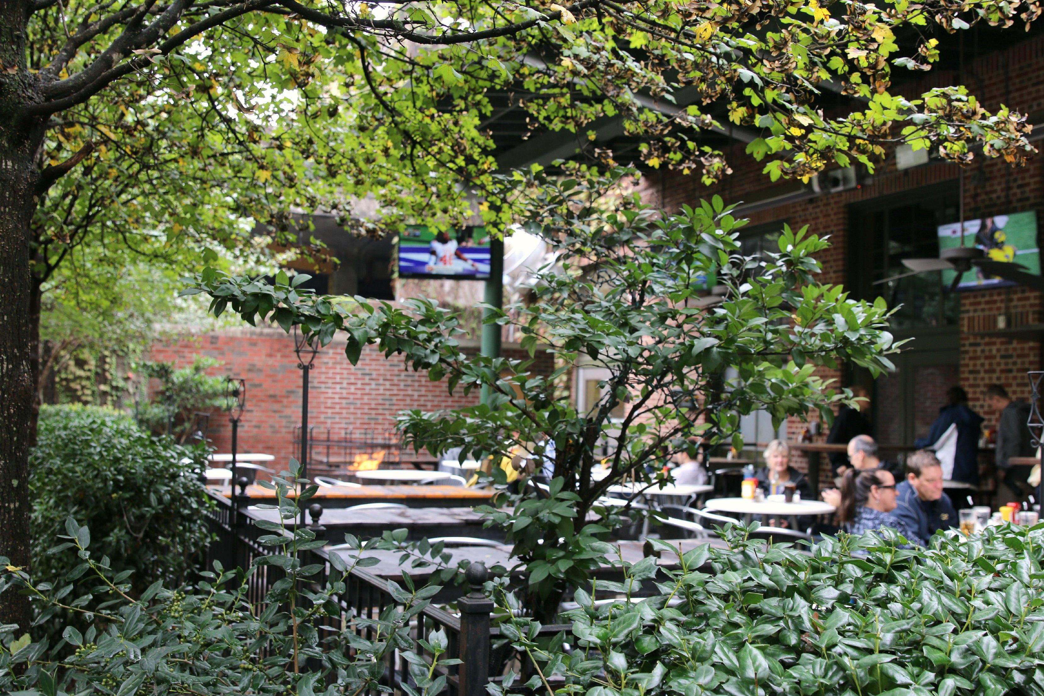 patio dining atlanta