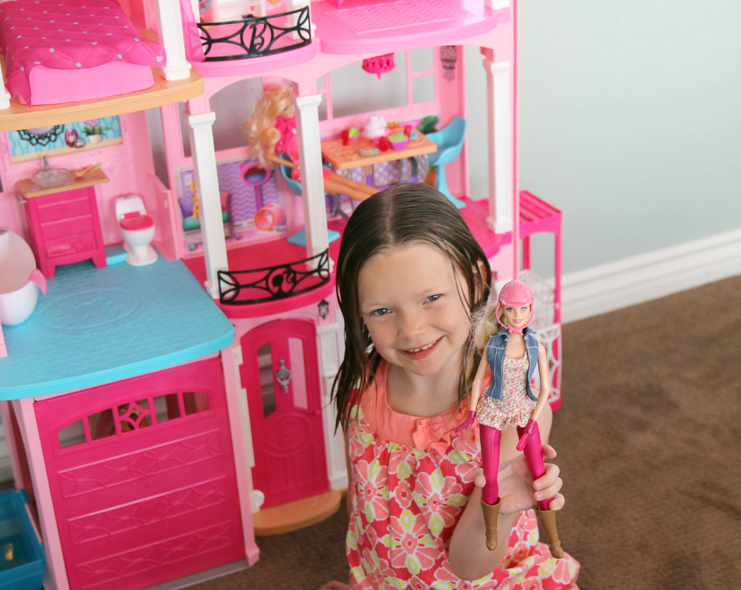 barbie dream house play