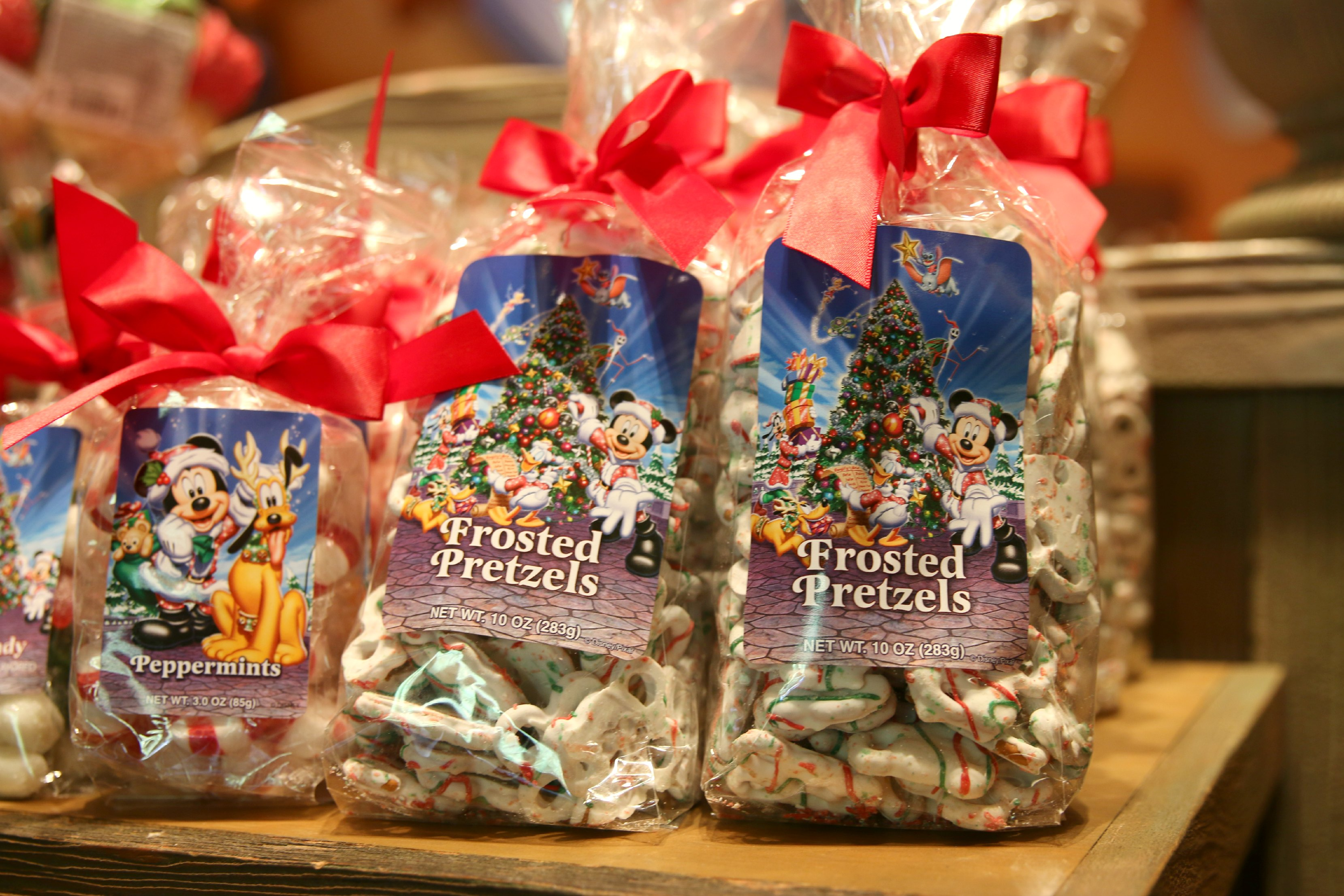 disneyland holiday treats