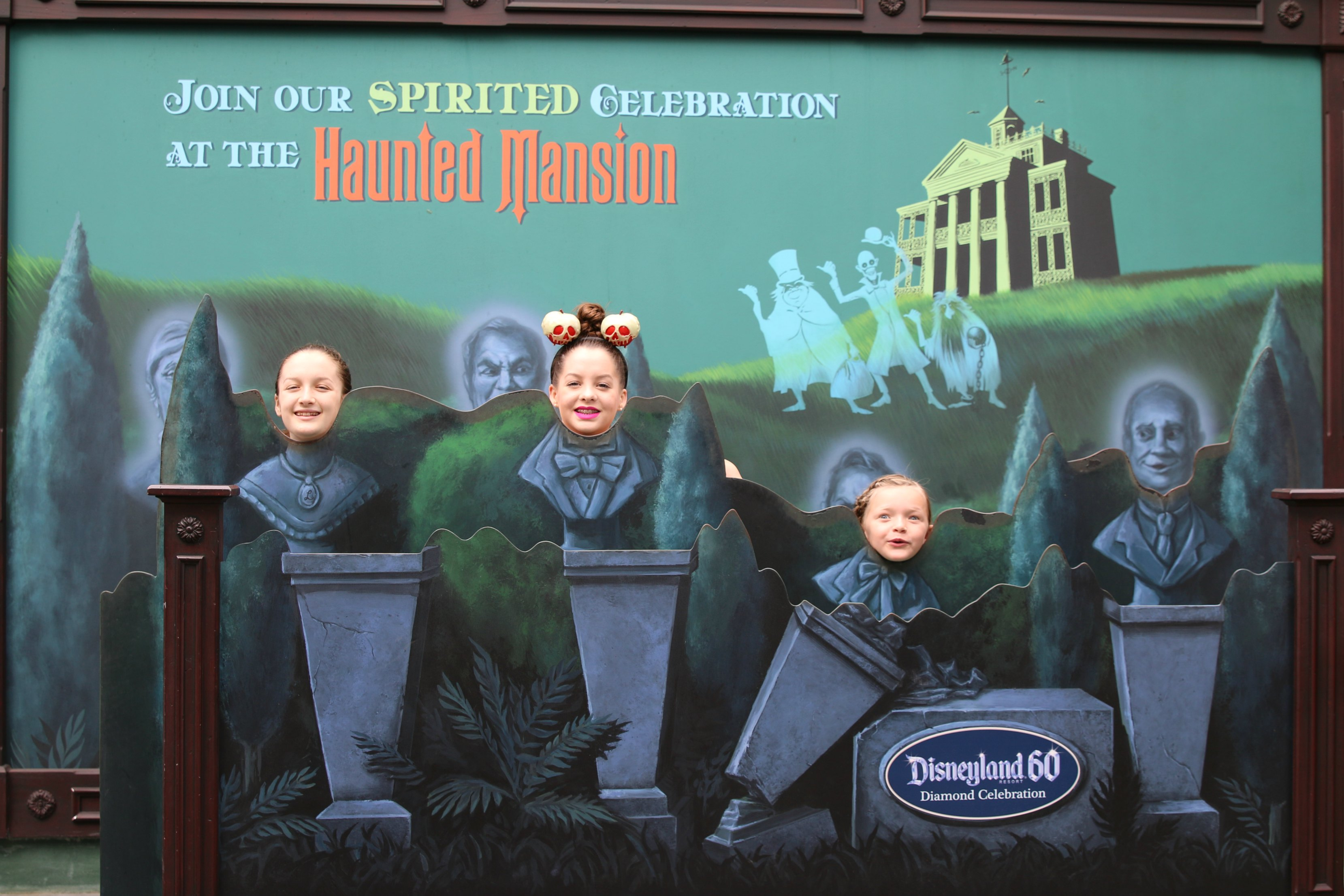 Disneyland 60 Haunted Mansion