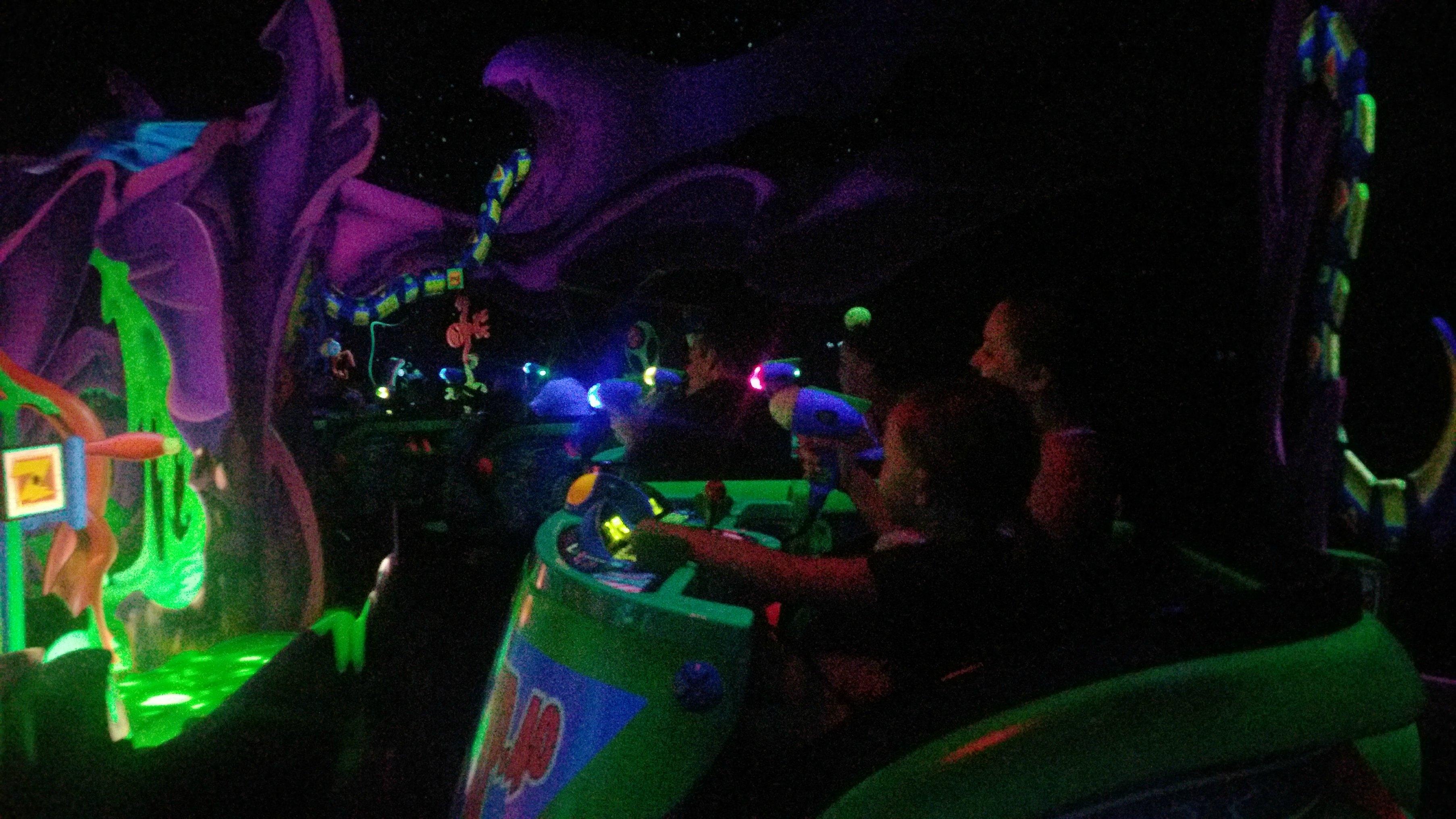 astro blaster ride