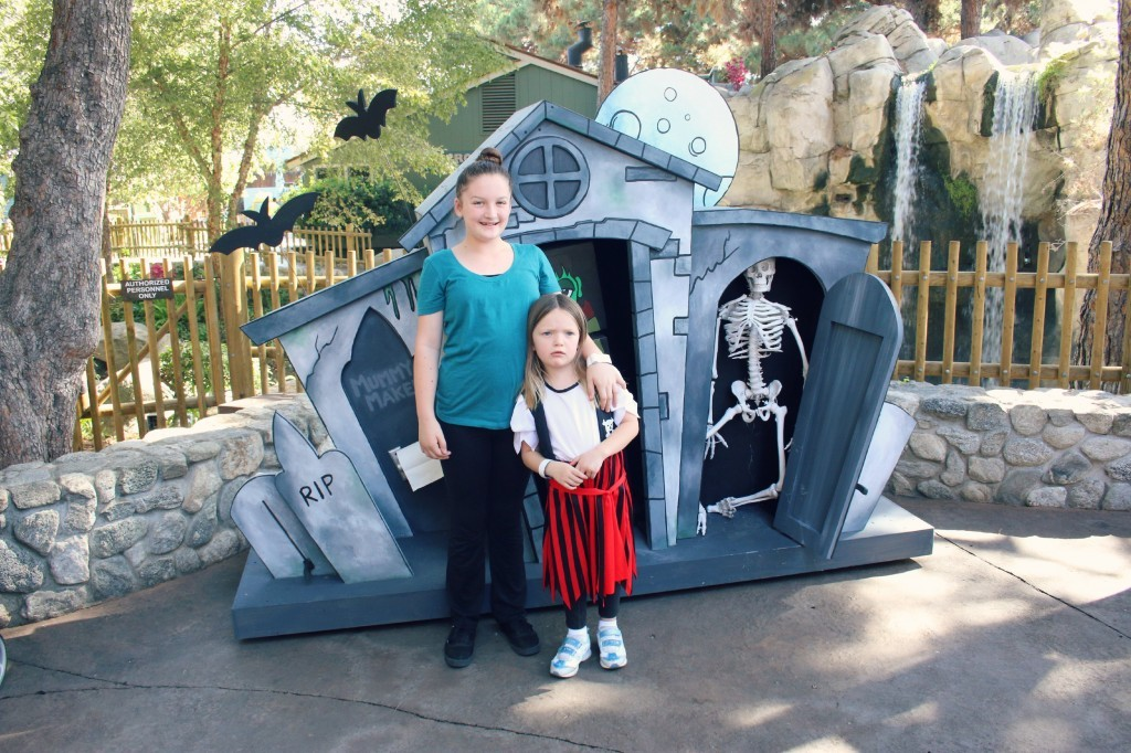 ashley-and-emily-at-a-witchs-house-in-camp-spooky