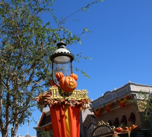 halloweentime-at-disneyland-2016