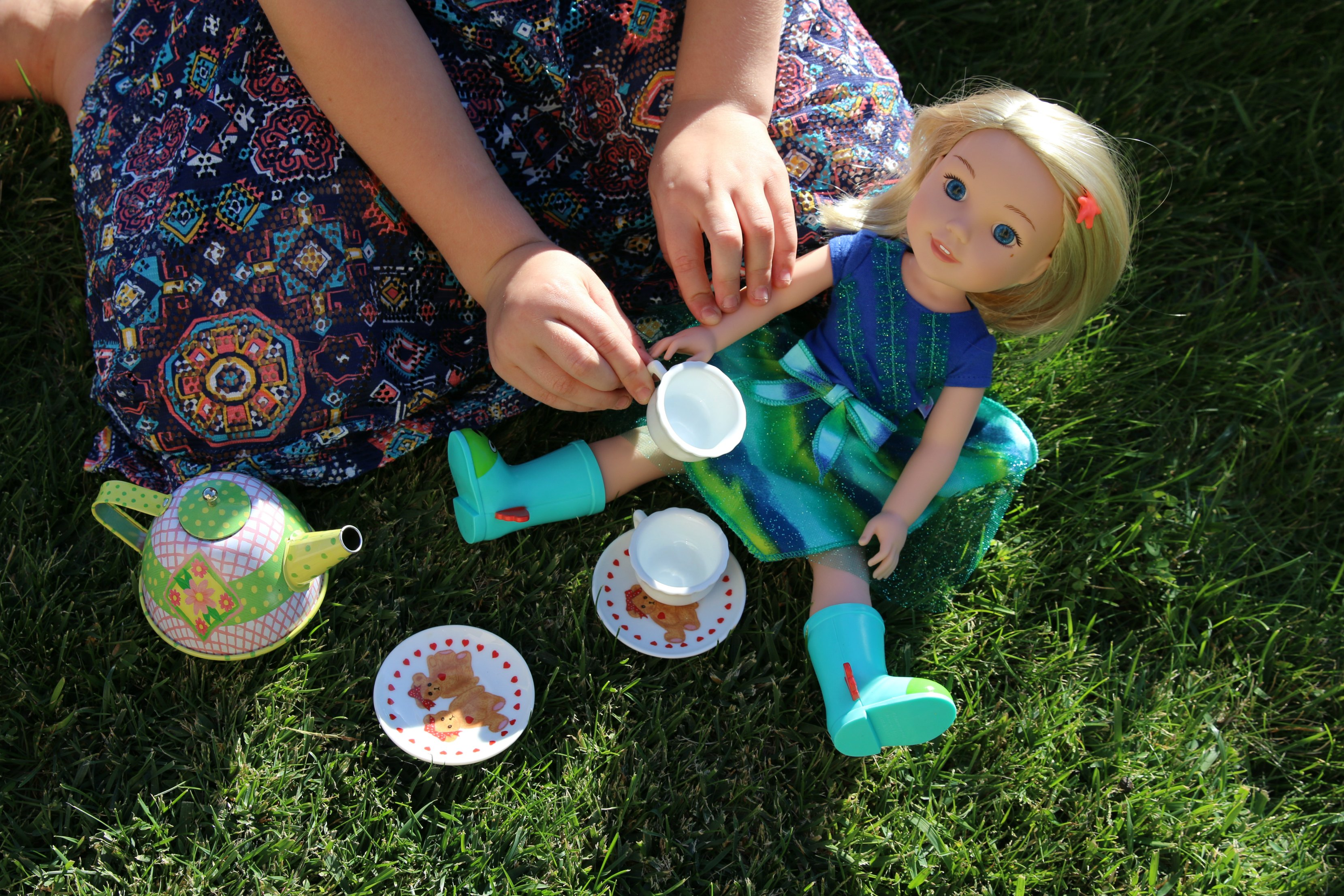 kids-pretend-tea-party