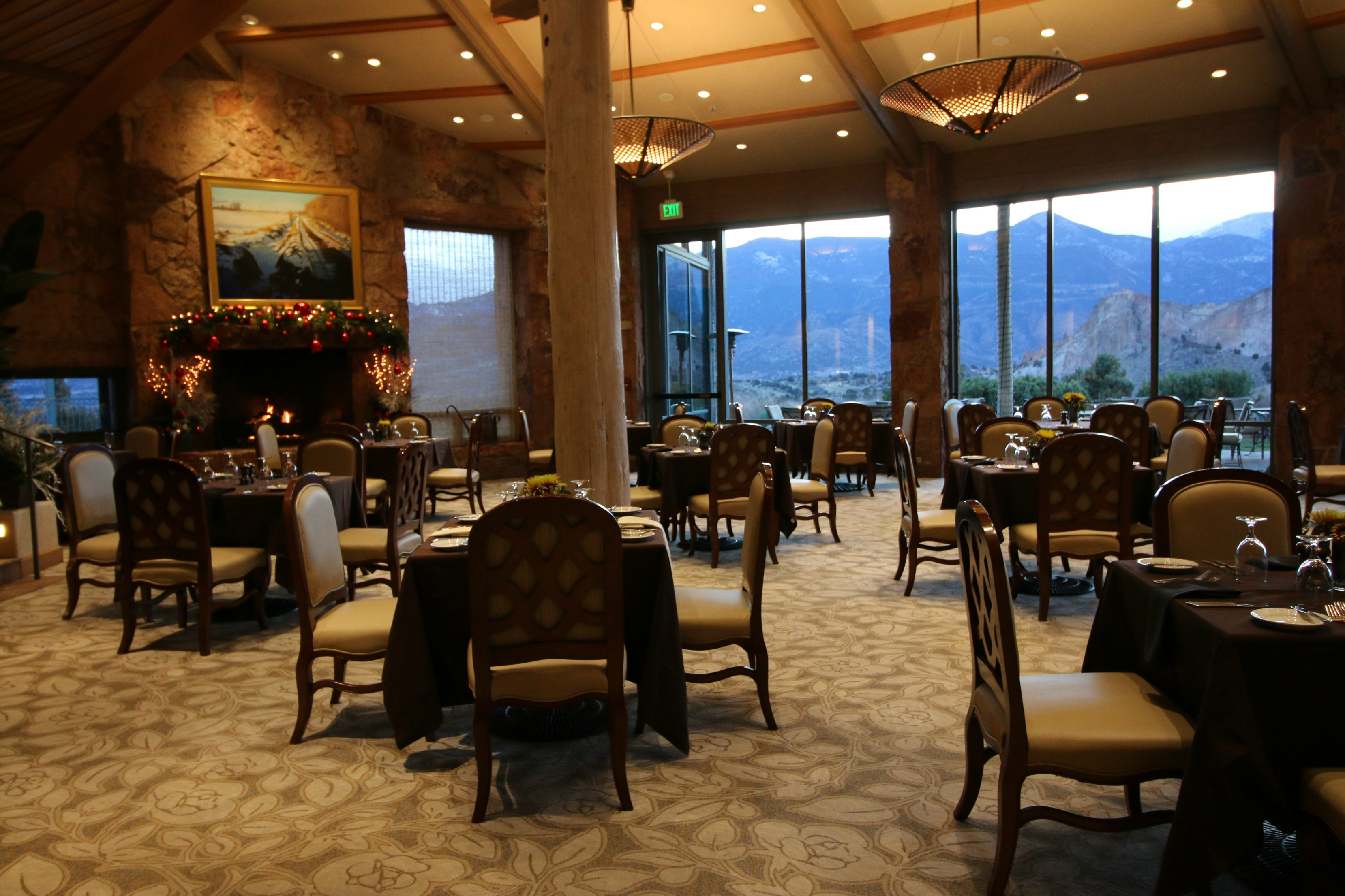 Garden Of The Gods Resort Dining Room