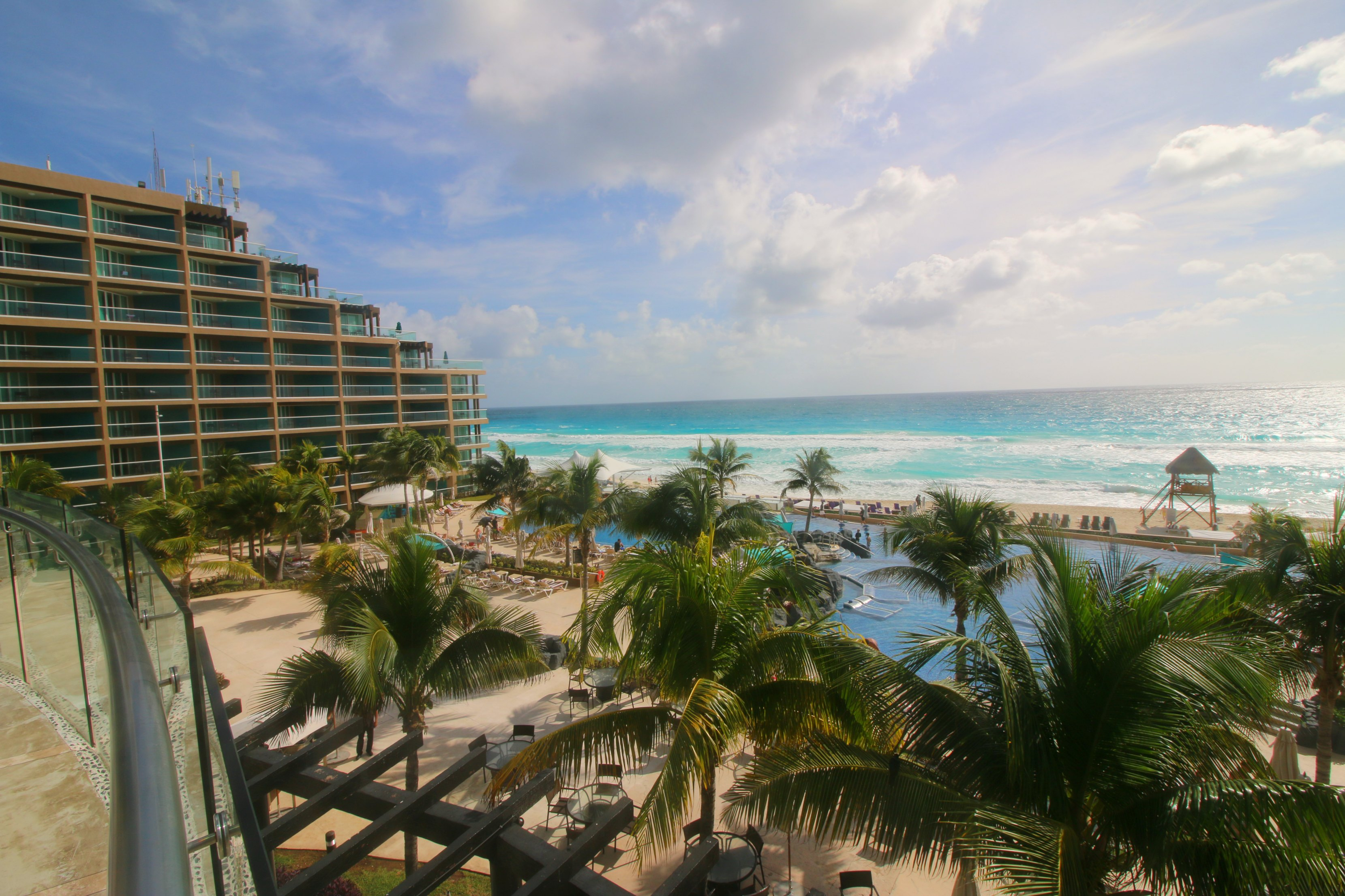 hard-rock-cancun-beach