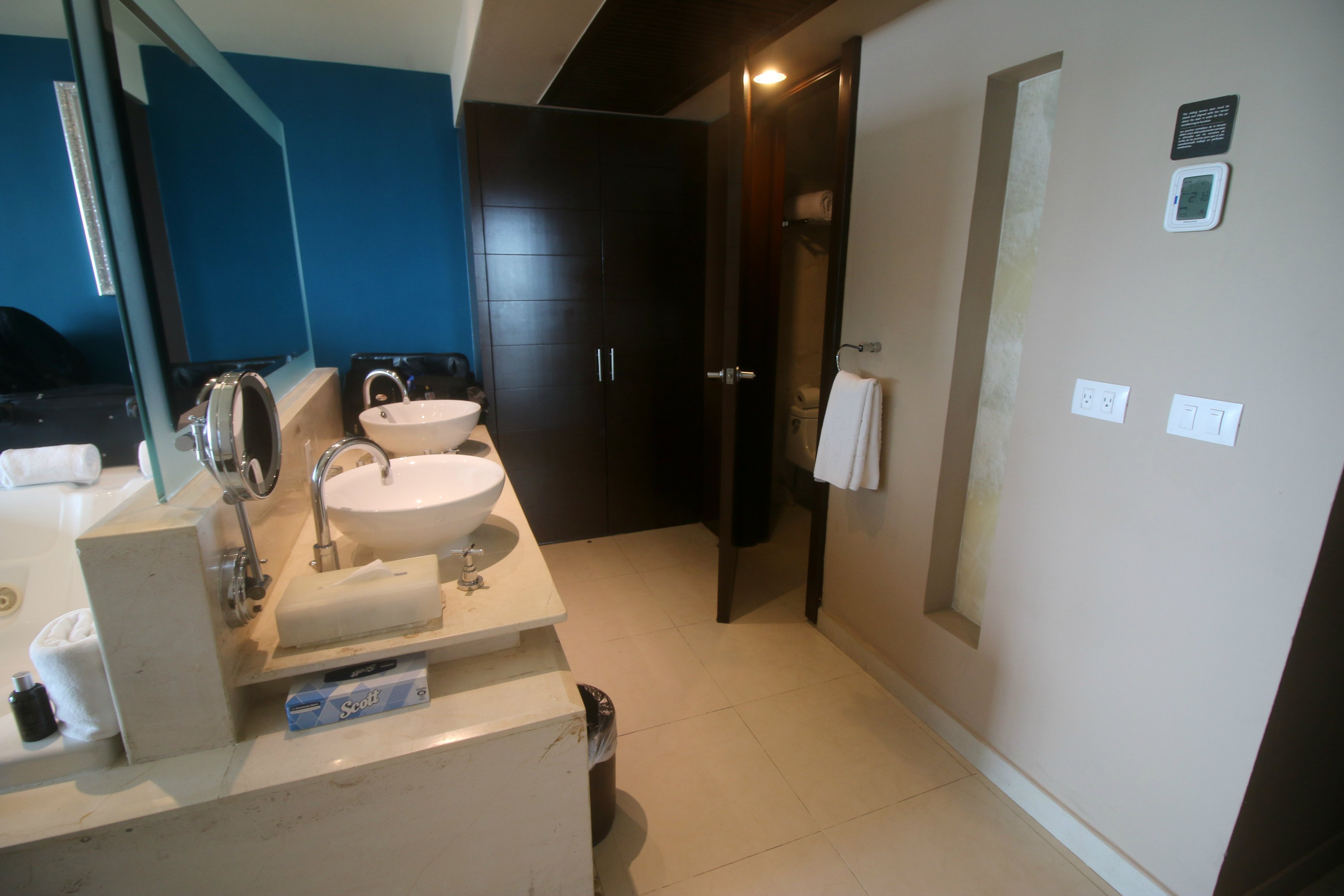hard-rock-hotel-cancun-room-review