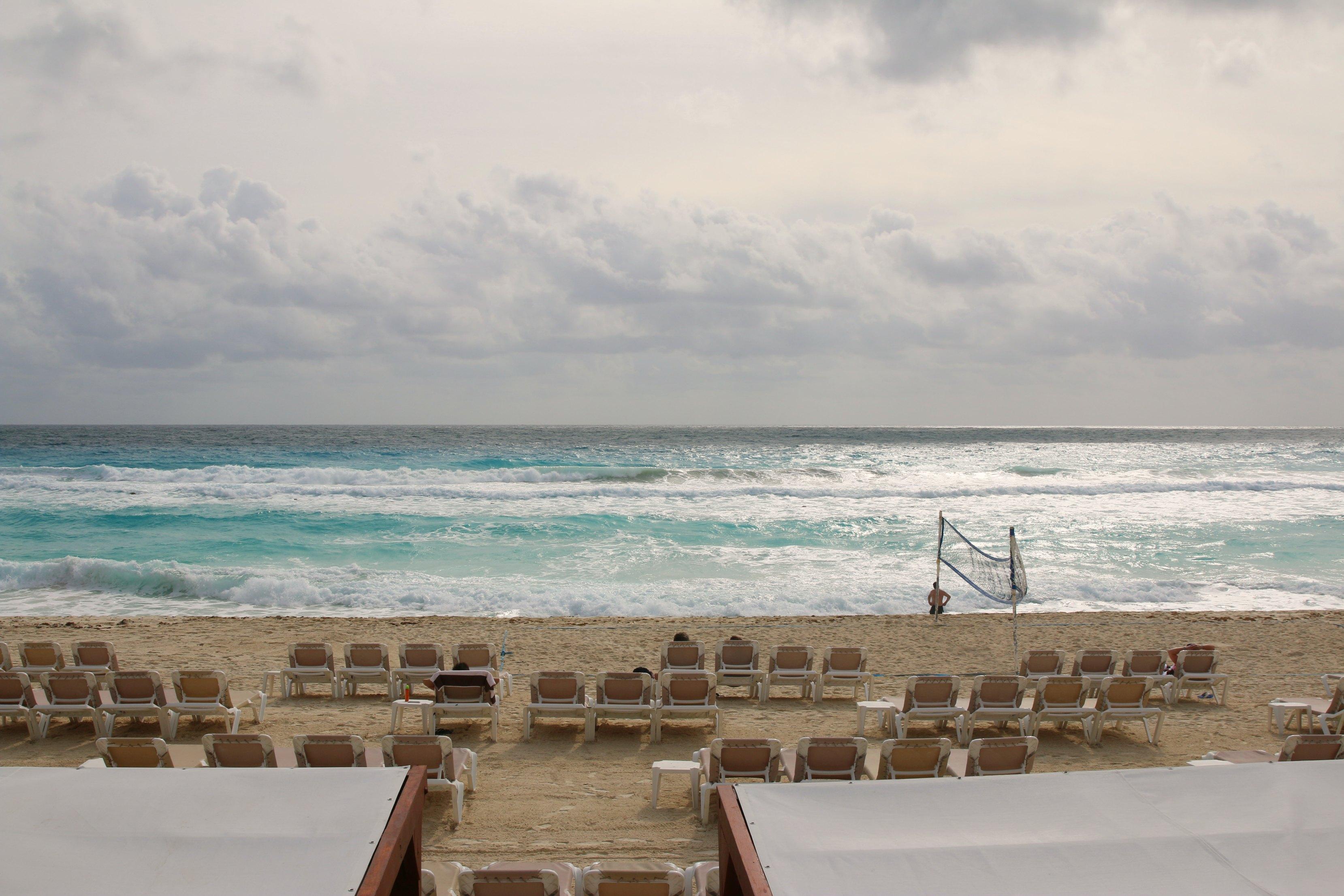 beach-at-hard-rock-hotel-cancun