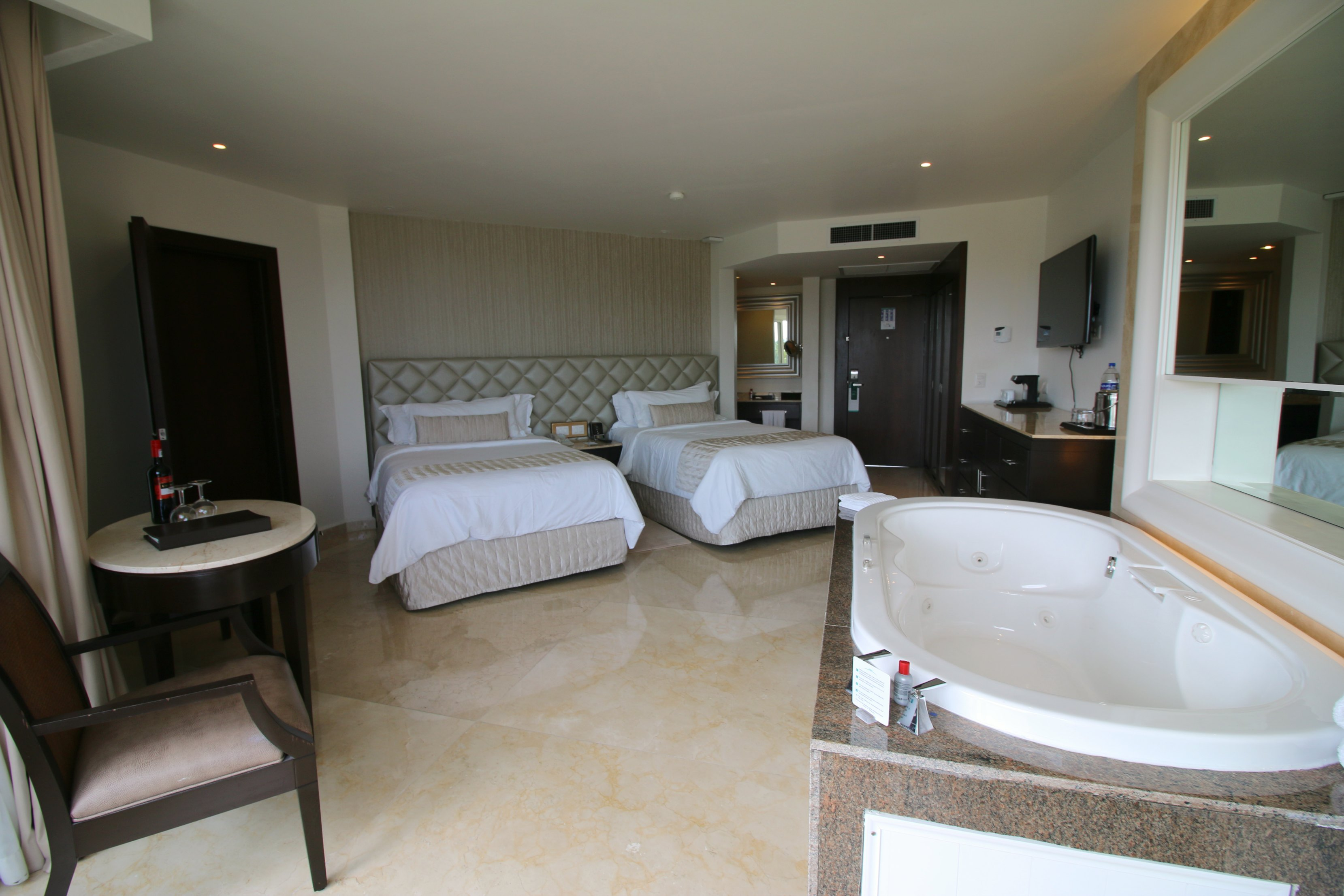 family-suite-moon-palace-cancun