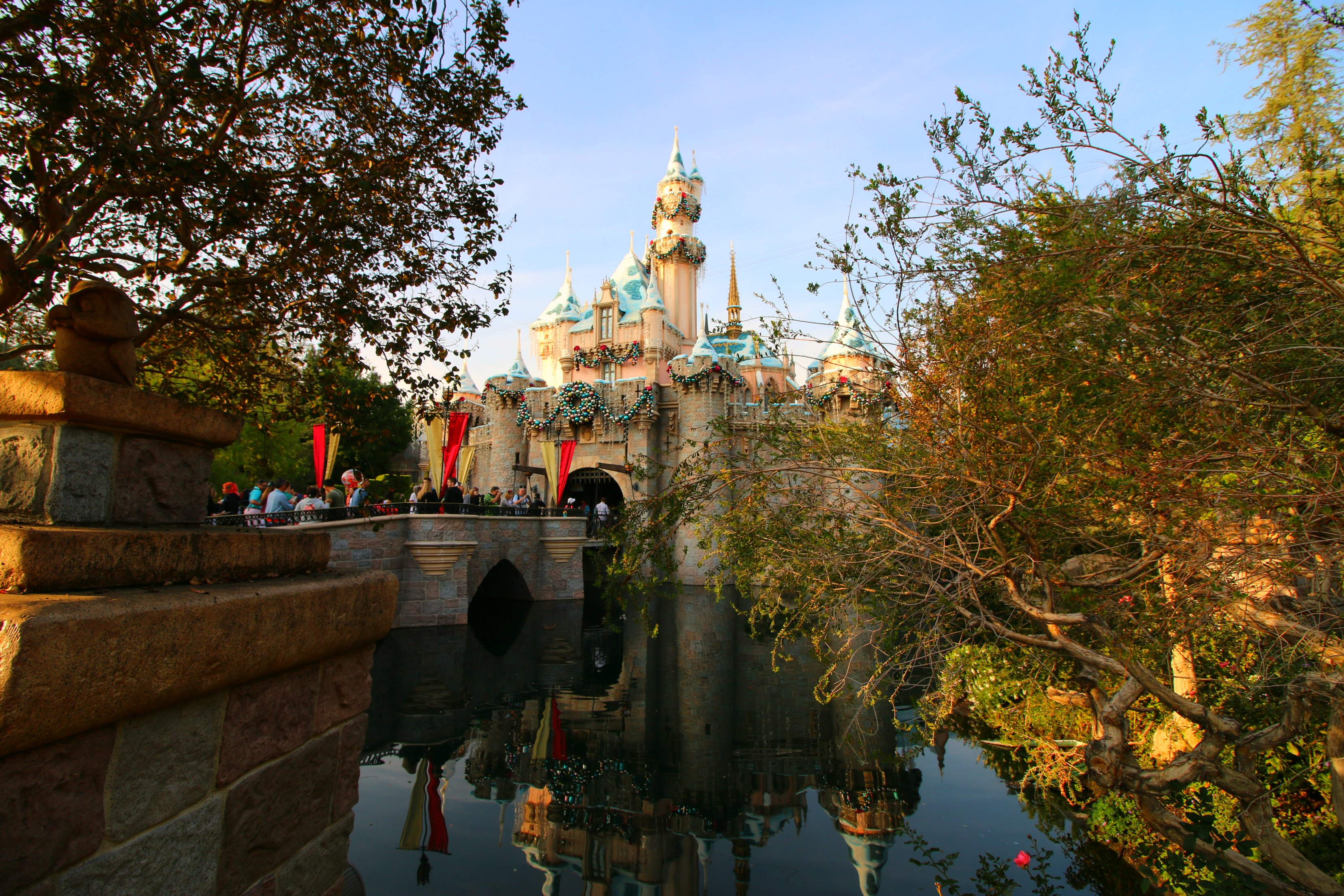 holiday-time-at-disneyland