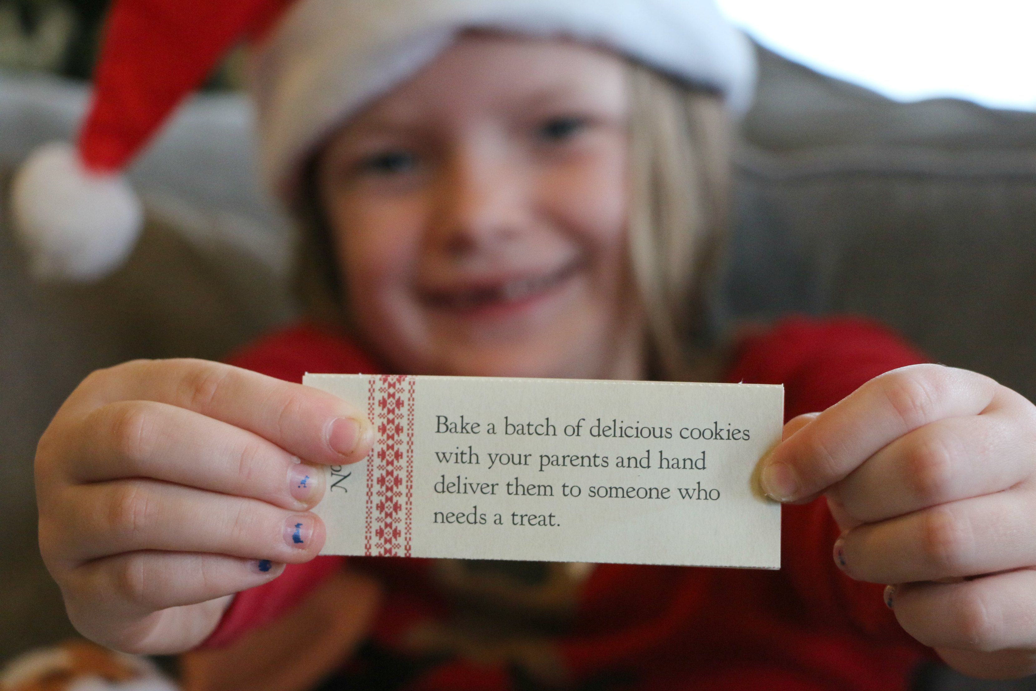 kindness-during-the-holidays-with-kids