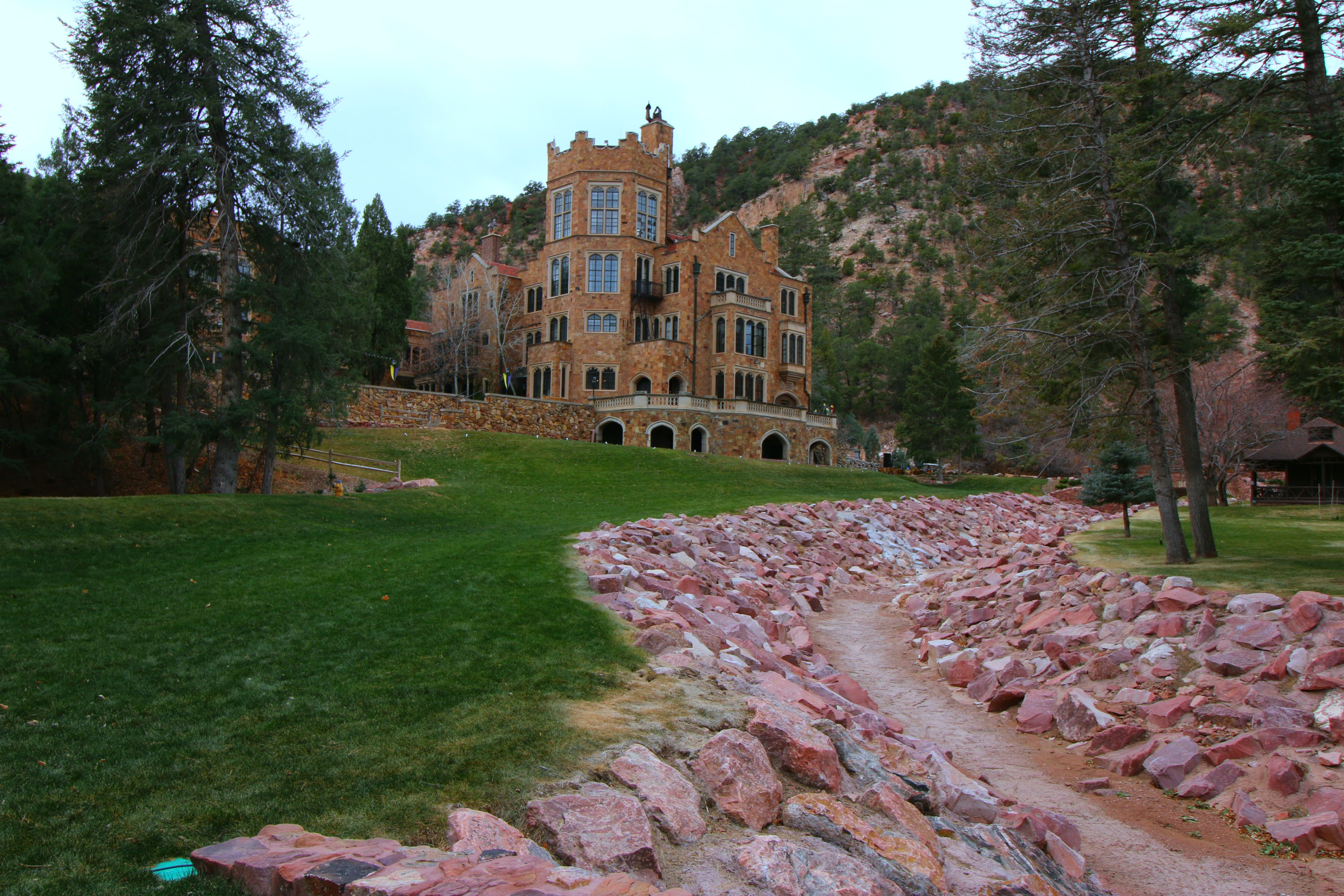 Colorado springs family visitors guide day 2 it 39 s a for Glen castle