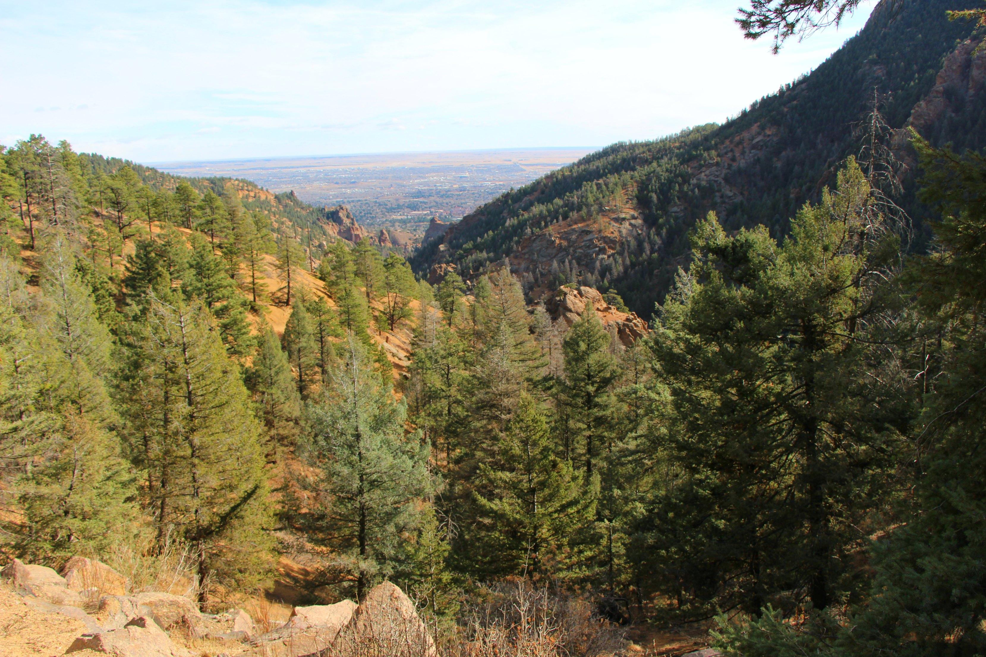 colorado-springs-mountains