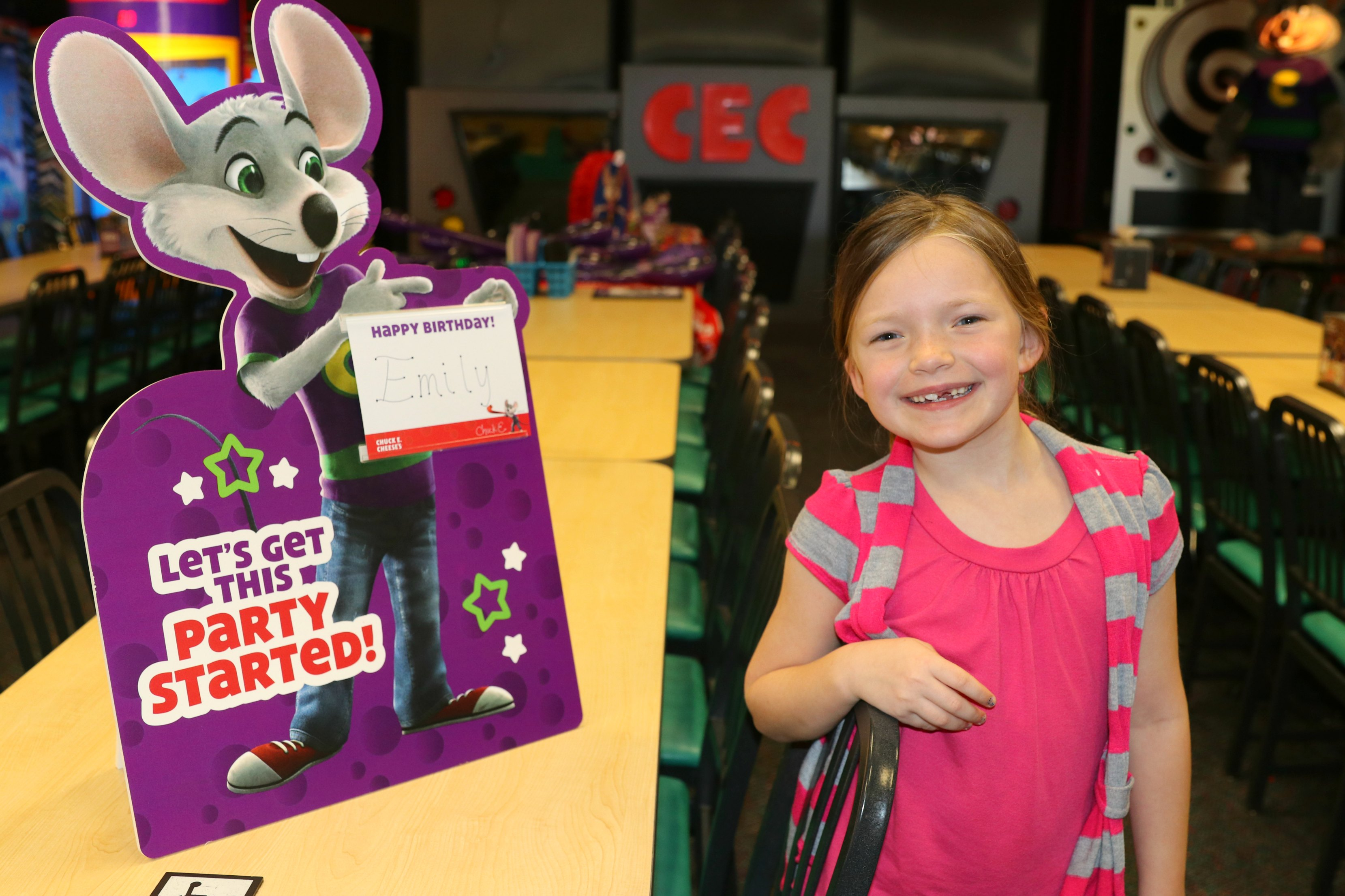 Chuck E. Cheese birthday party review